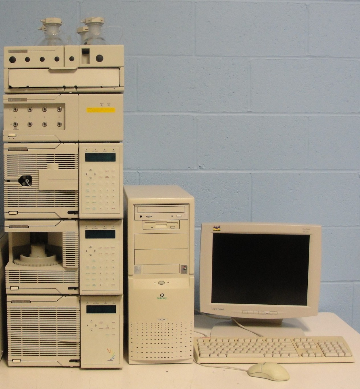 Hewlett Packard 1050 Series HPLC System Image