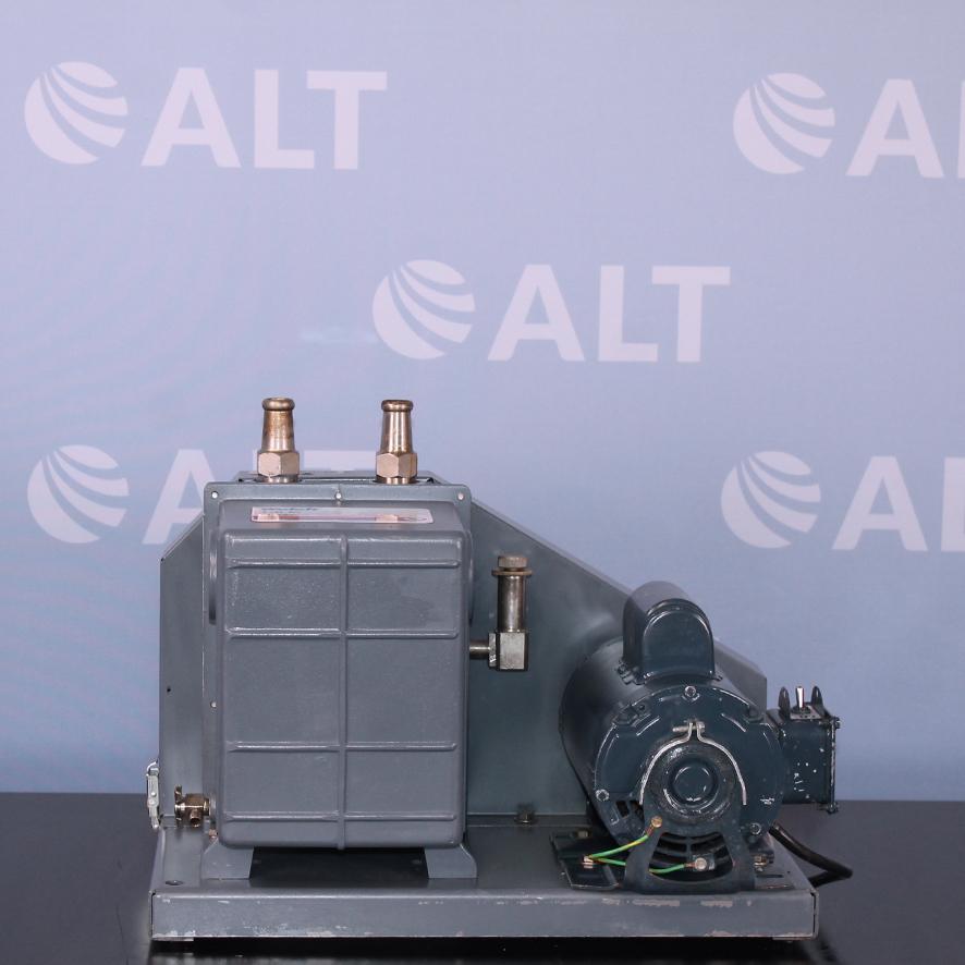 Welch 1402B-01 Duoseal Vacuum Pump Image