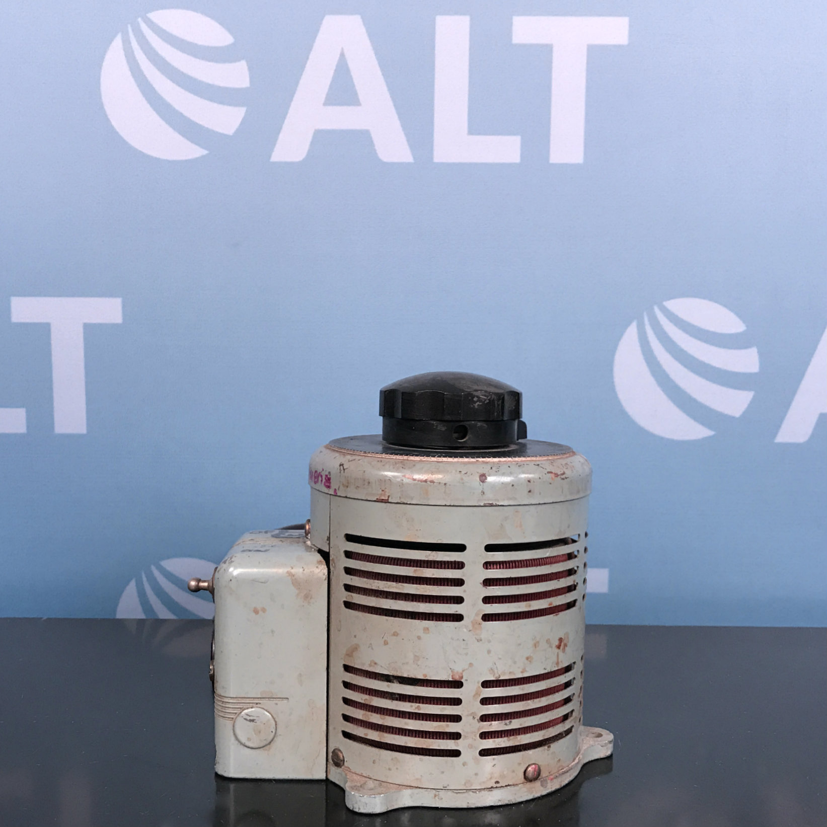 Superior Electric Type S-1138 Powerstat Variable Transformer Image