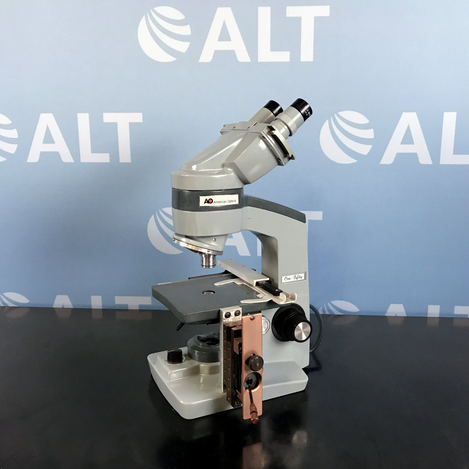 American Optical One-Fifty Microscope Image