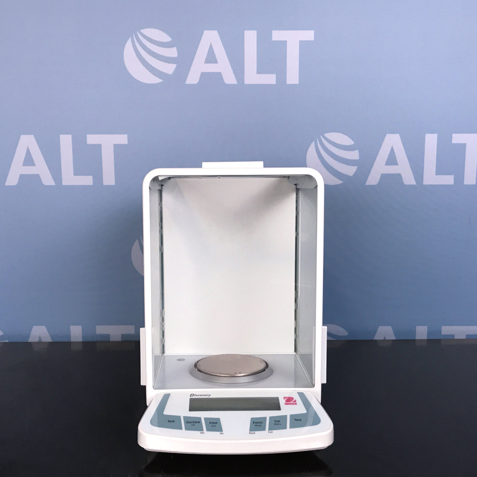 Ohaus Discovery Semi-Micro Analytical Balance  Image