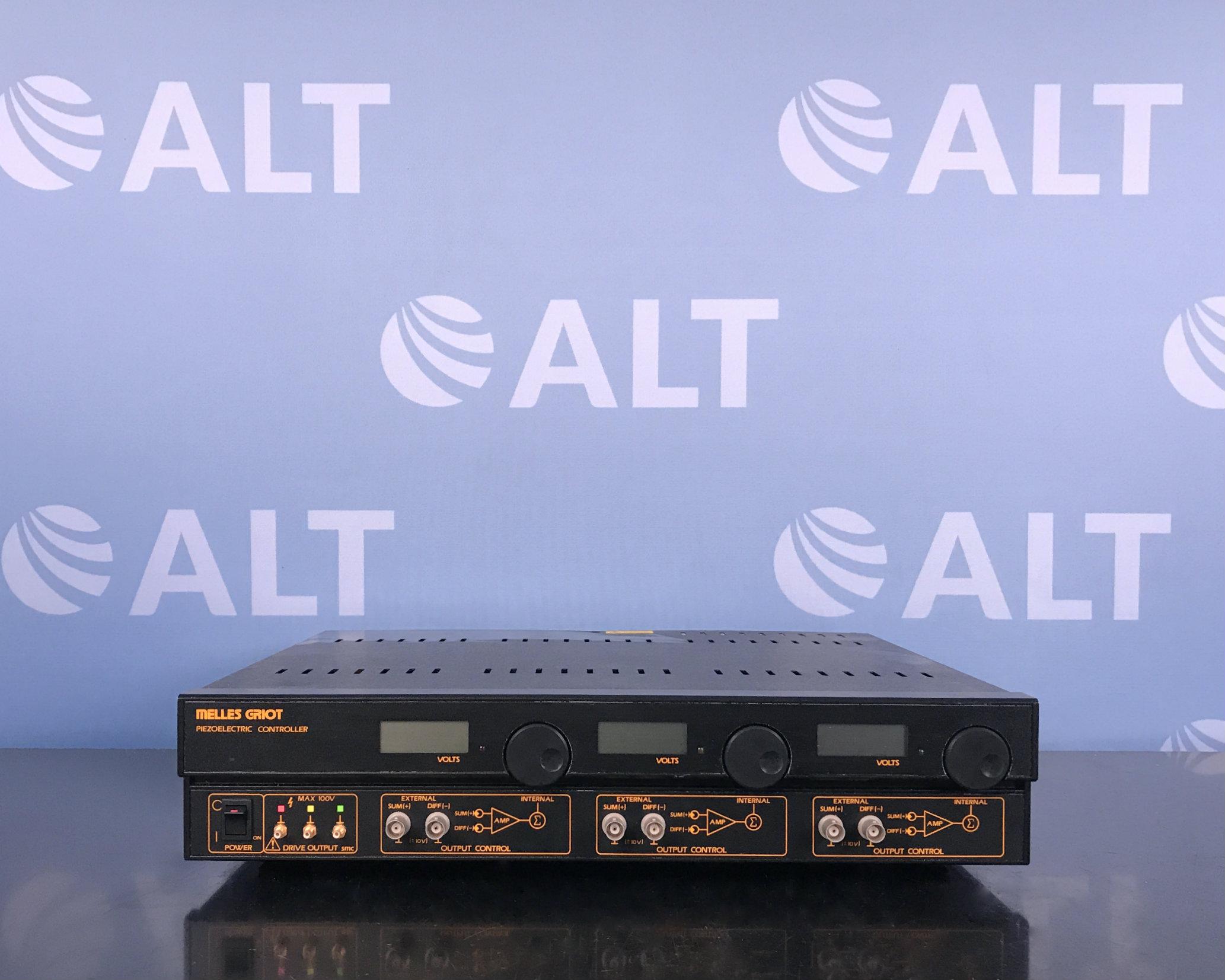 Melles Griot 17PCW002 Piezoelectric Controller X-Y-Z Nano Positioner  Image