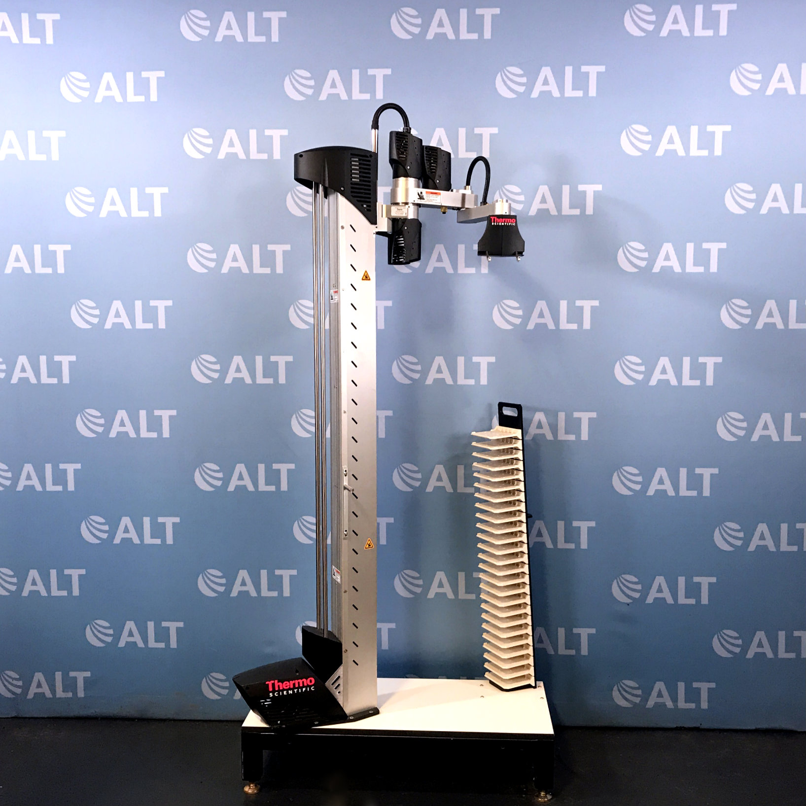 Thermo Scientific CRS VAL (Vertical Array Loader) Robotic Arm 62