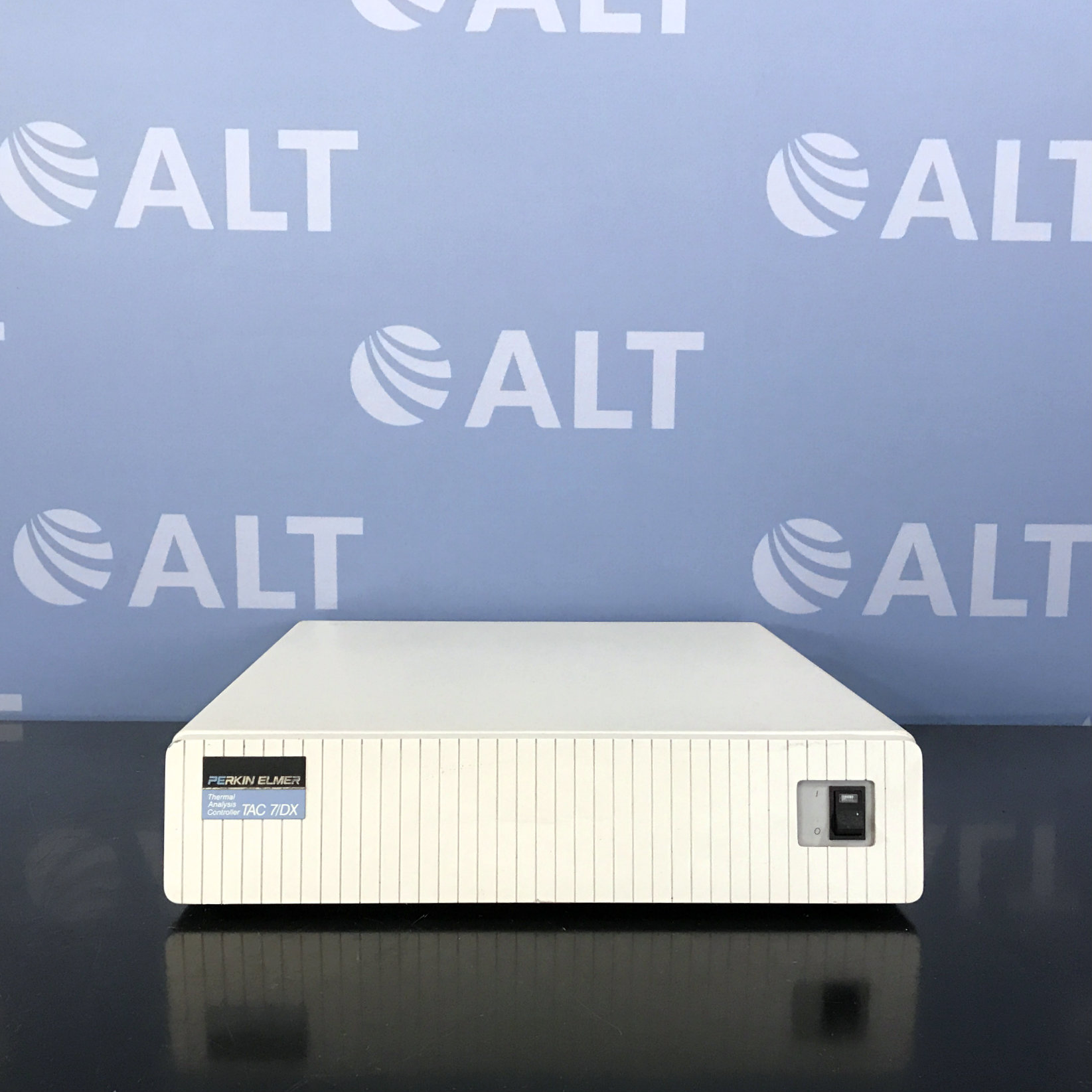 Perkin Elmer TAC 7/DX Thermal Analysis Controller Image