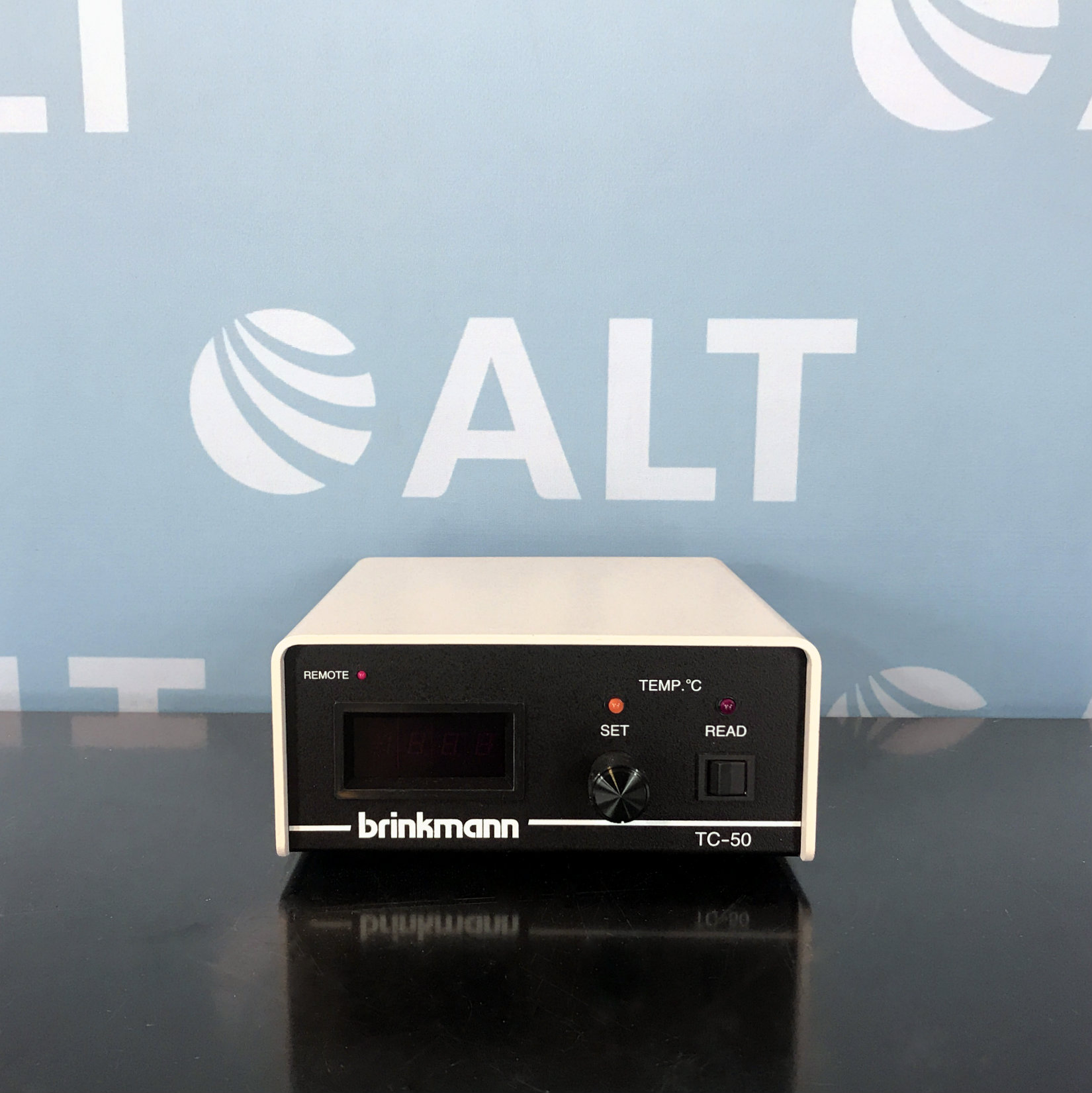 Brinkmann TC-50 Temperature Controller with Coulmn Heater Image