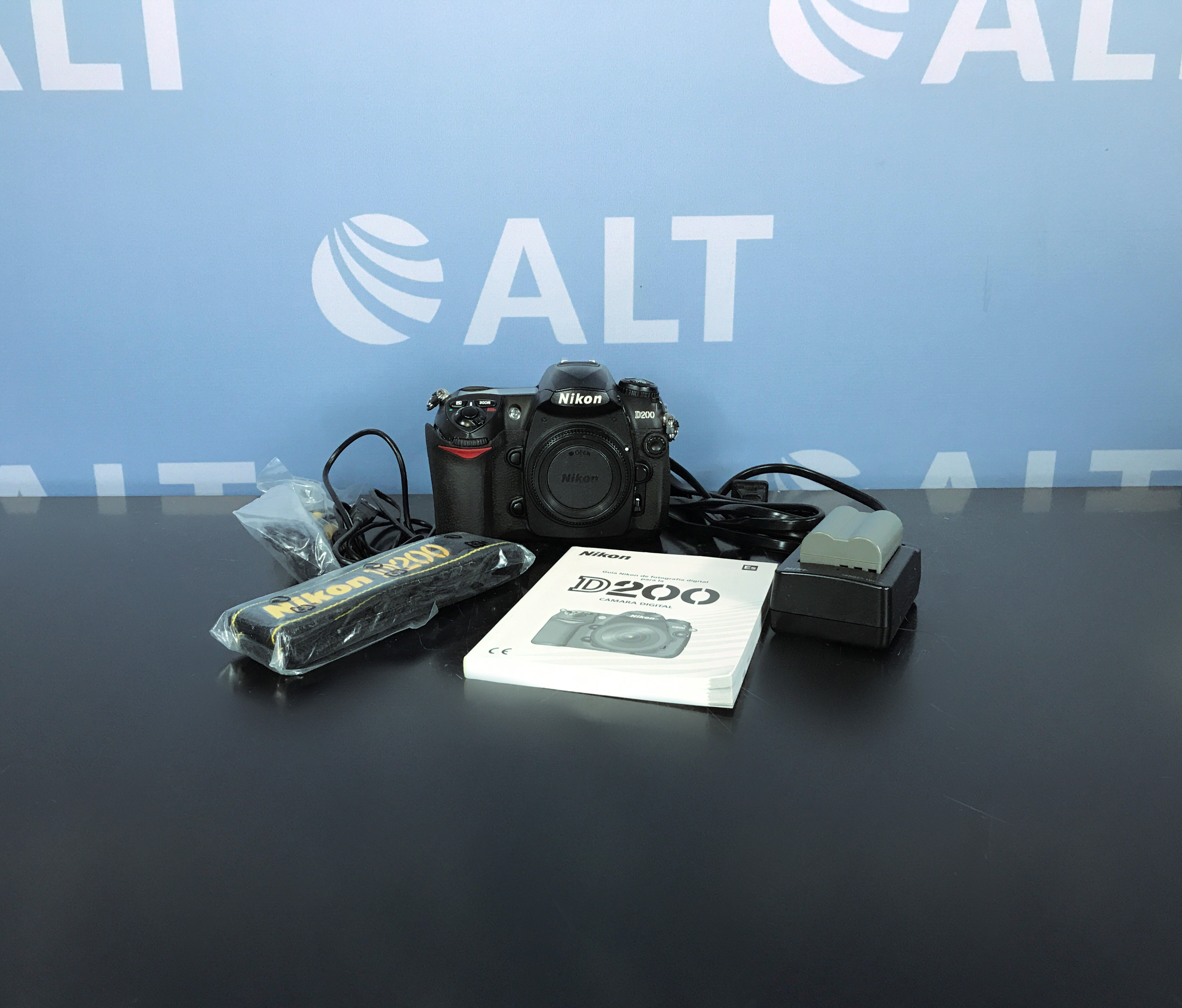 Nikon D200 Digital SLR Camera Image
