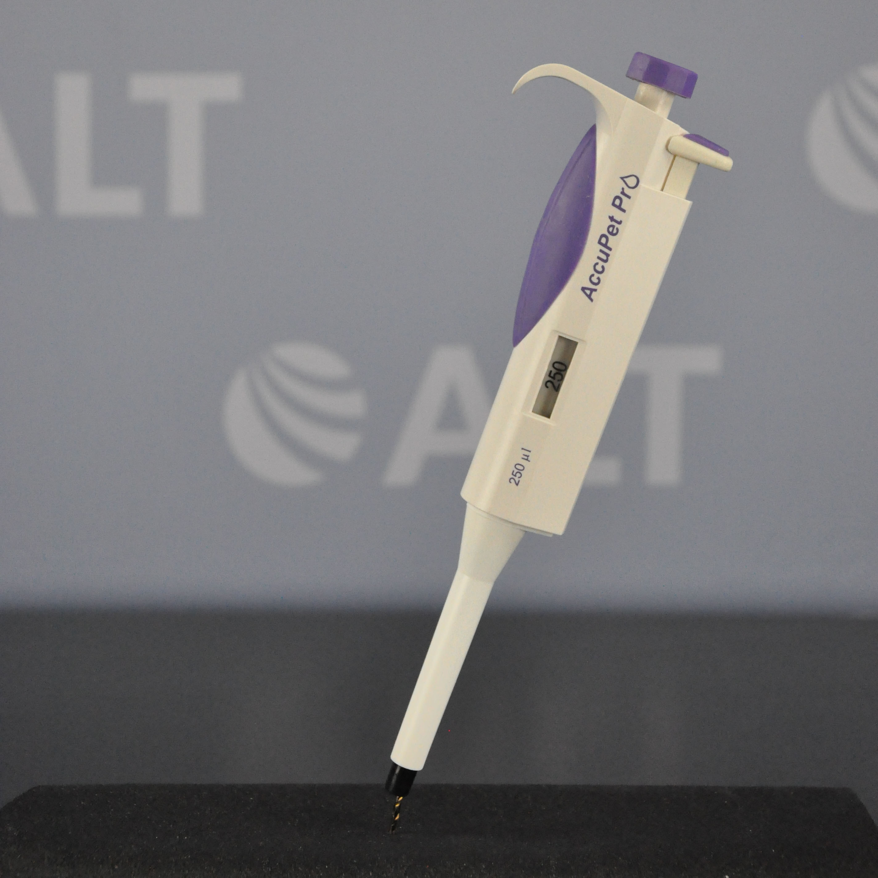 Accupet 250 uL Pro Pipette Image