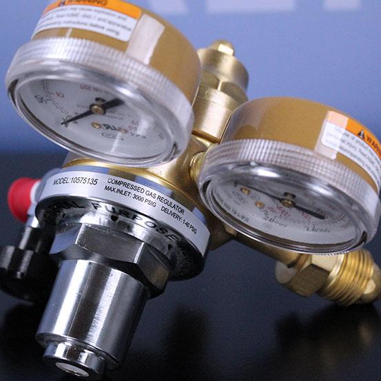 Refurbished Fisher Scientific 10-575-135 Gas Regulator