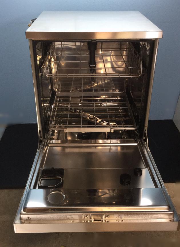 Refurbished Miele G 7883 Professional Dishwasher