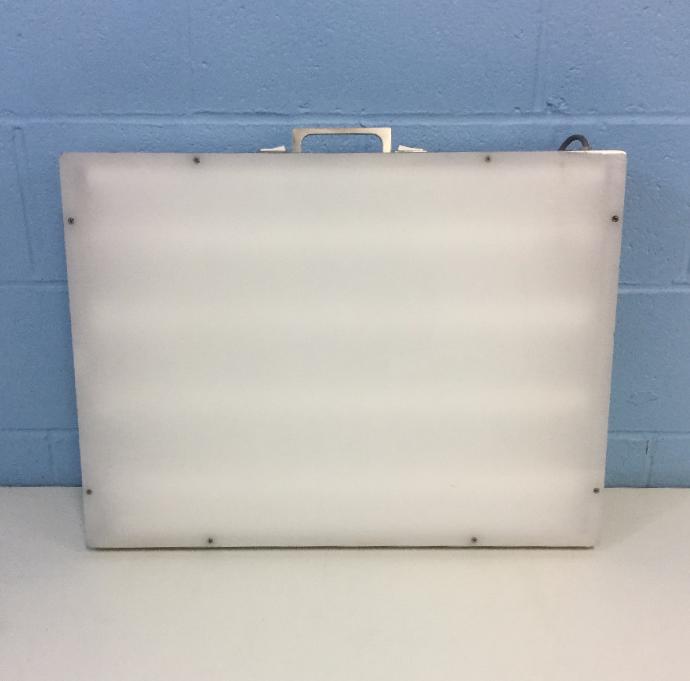 Laboratory Supplies G129E2 Light Box Image