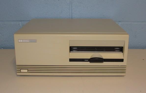 Hewlett Packard 9144A 16 Track 1/4 Image
