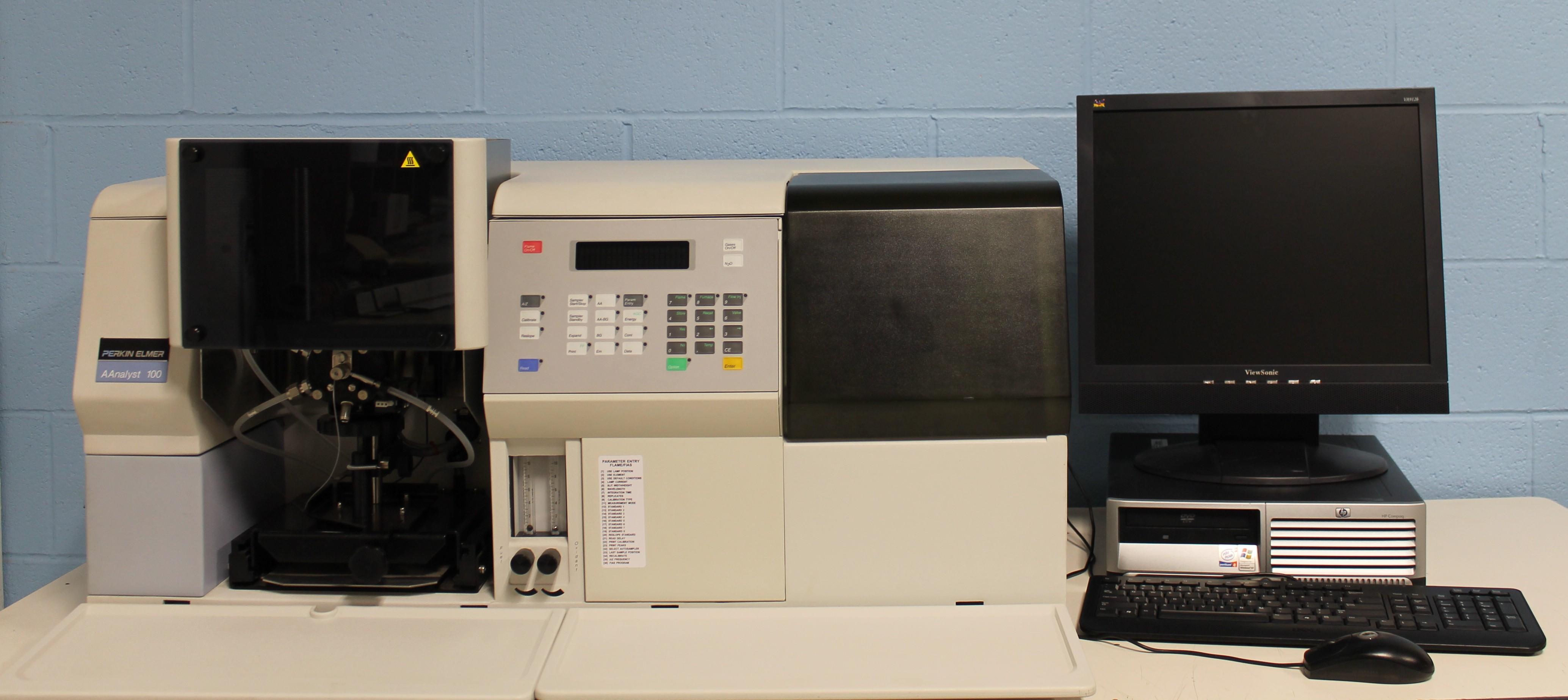 PerkinElmer AAnalyst 100 Atomic Absorption Spectrometer Image