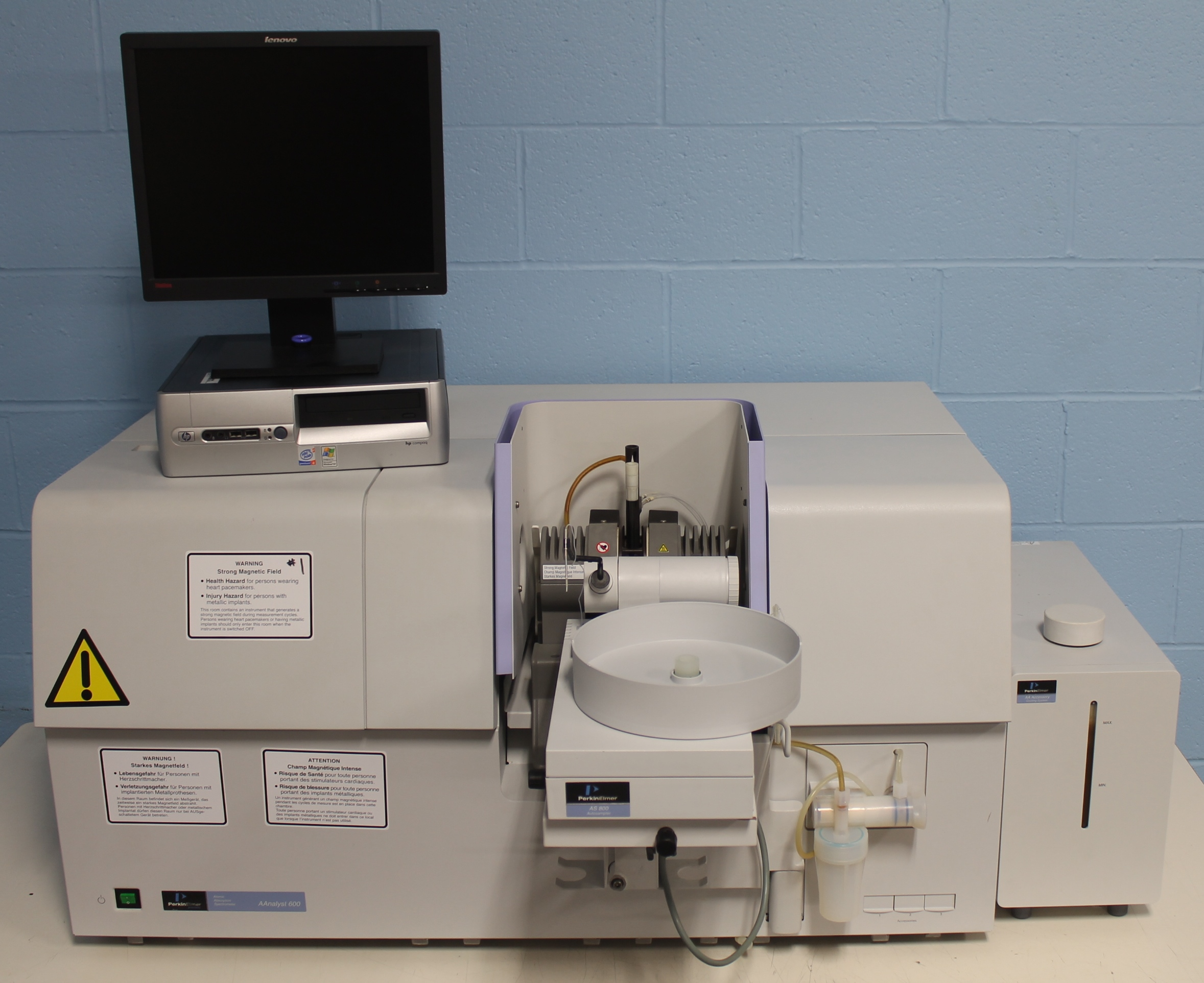 Perkin Elmer AAnalyst 800 Atomic Absorption Spectrometer Image