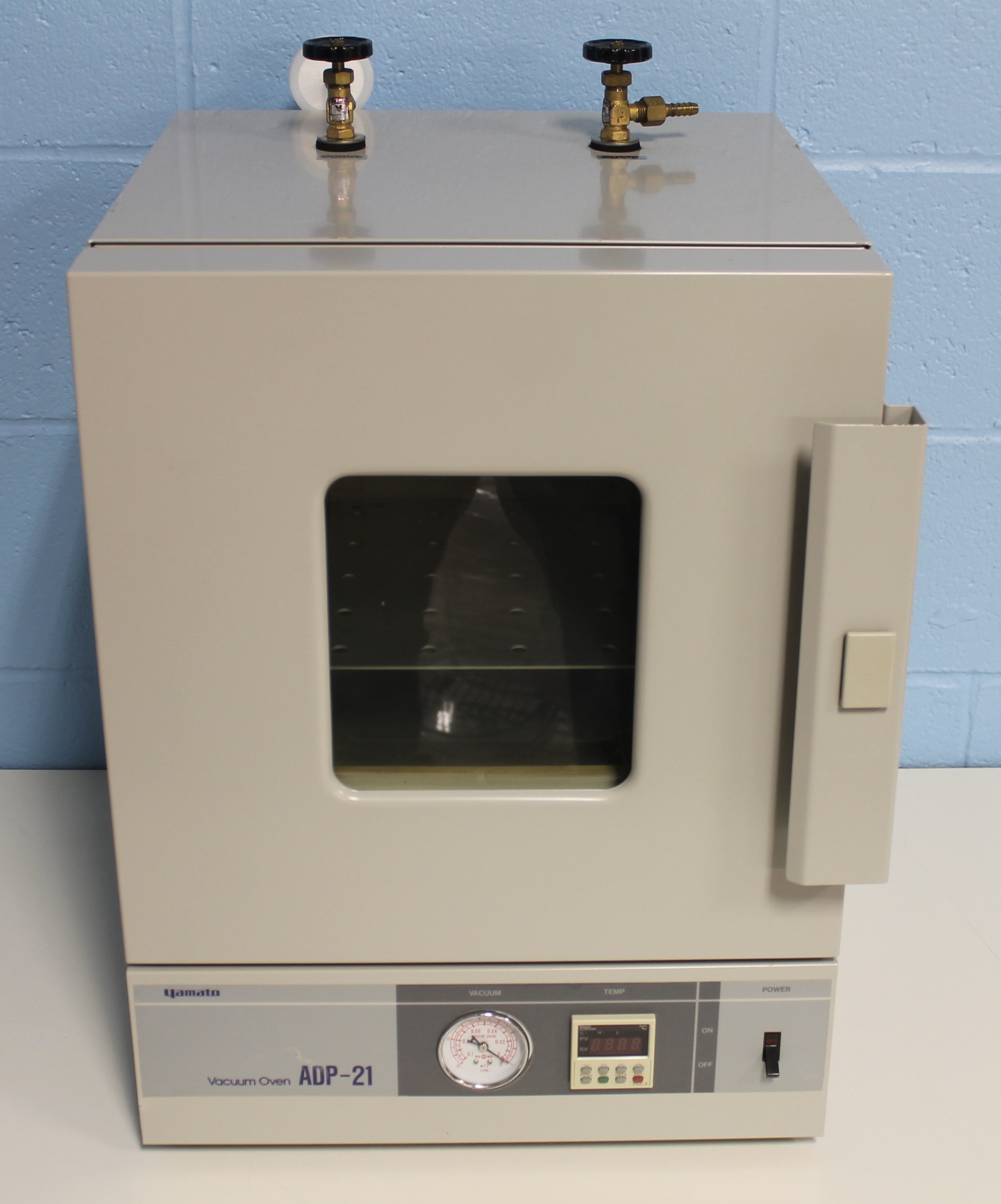 Refurbished Yamato Adp21 Vacuum Drying Oven