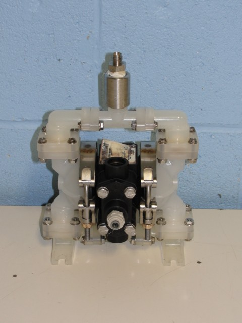 Versa-Matic Air-Powered Double Diaphragm Pump Image