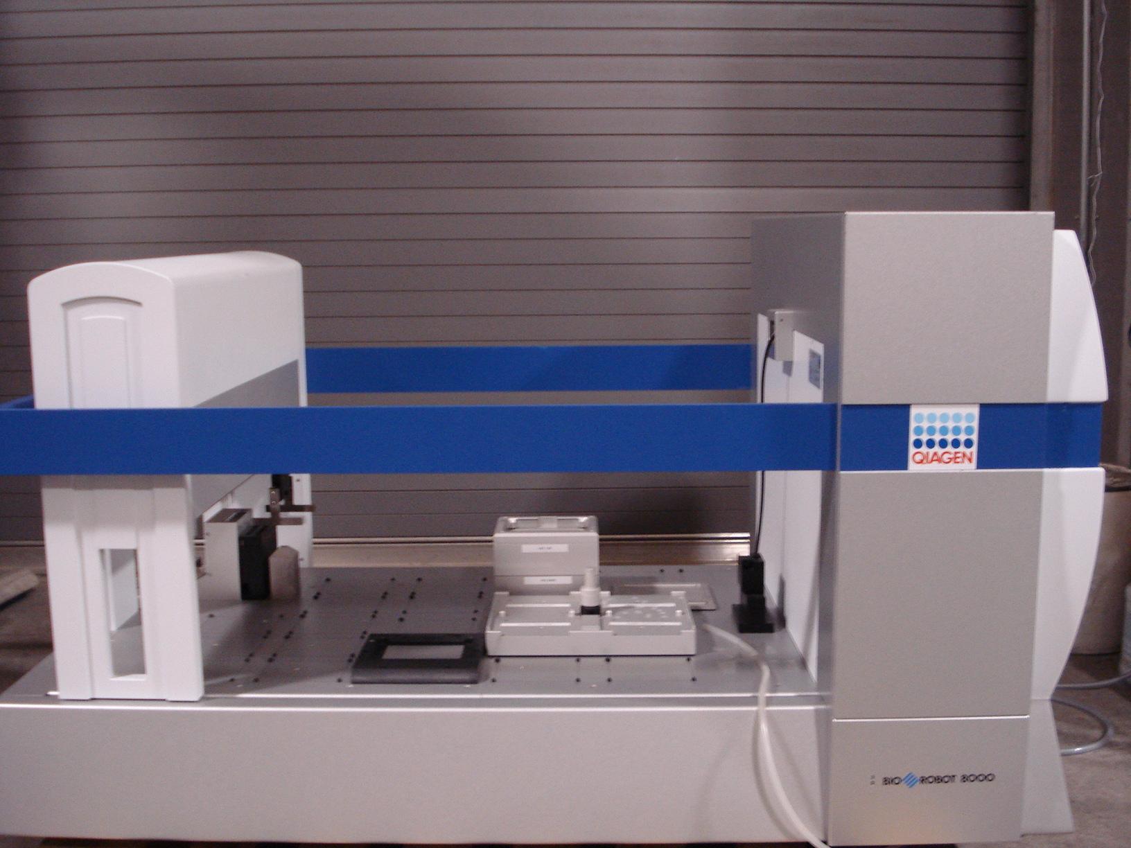 Qiagen BioRobot 8000 Image