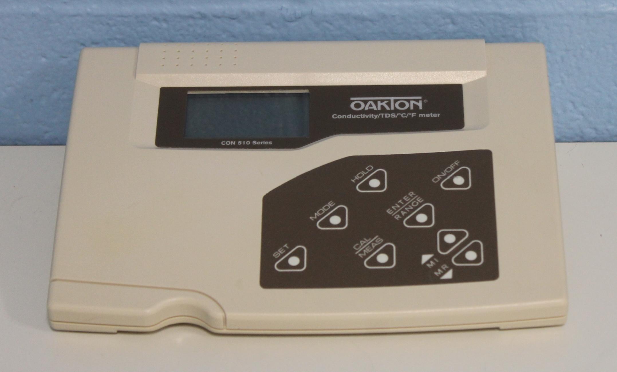 Oakton CON 500 Benchtop Conductivity/TDS Meter Image