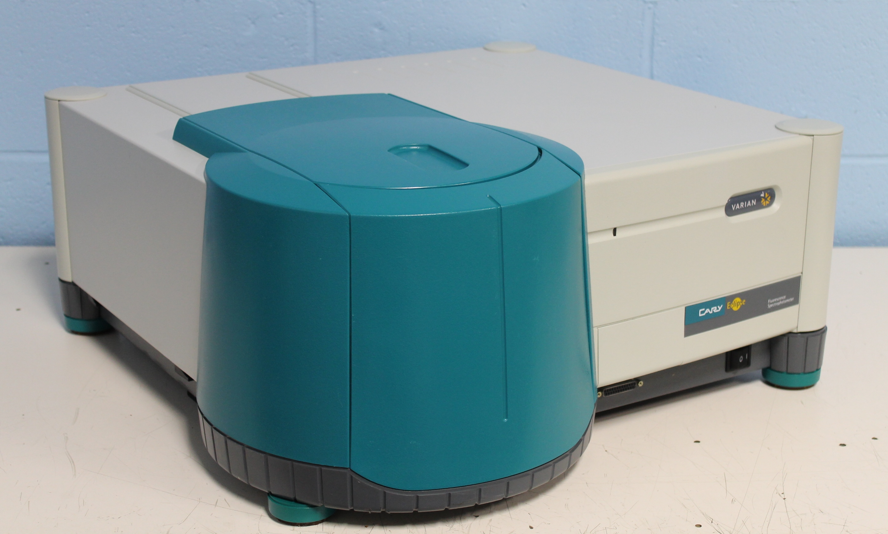 Refurbished Varian Cary Eclipse Fluorescence Spectrophotometer
