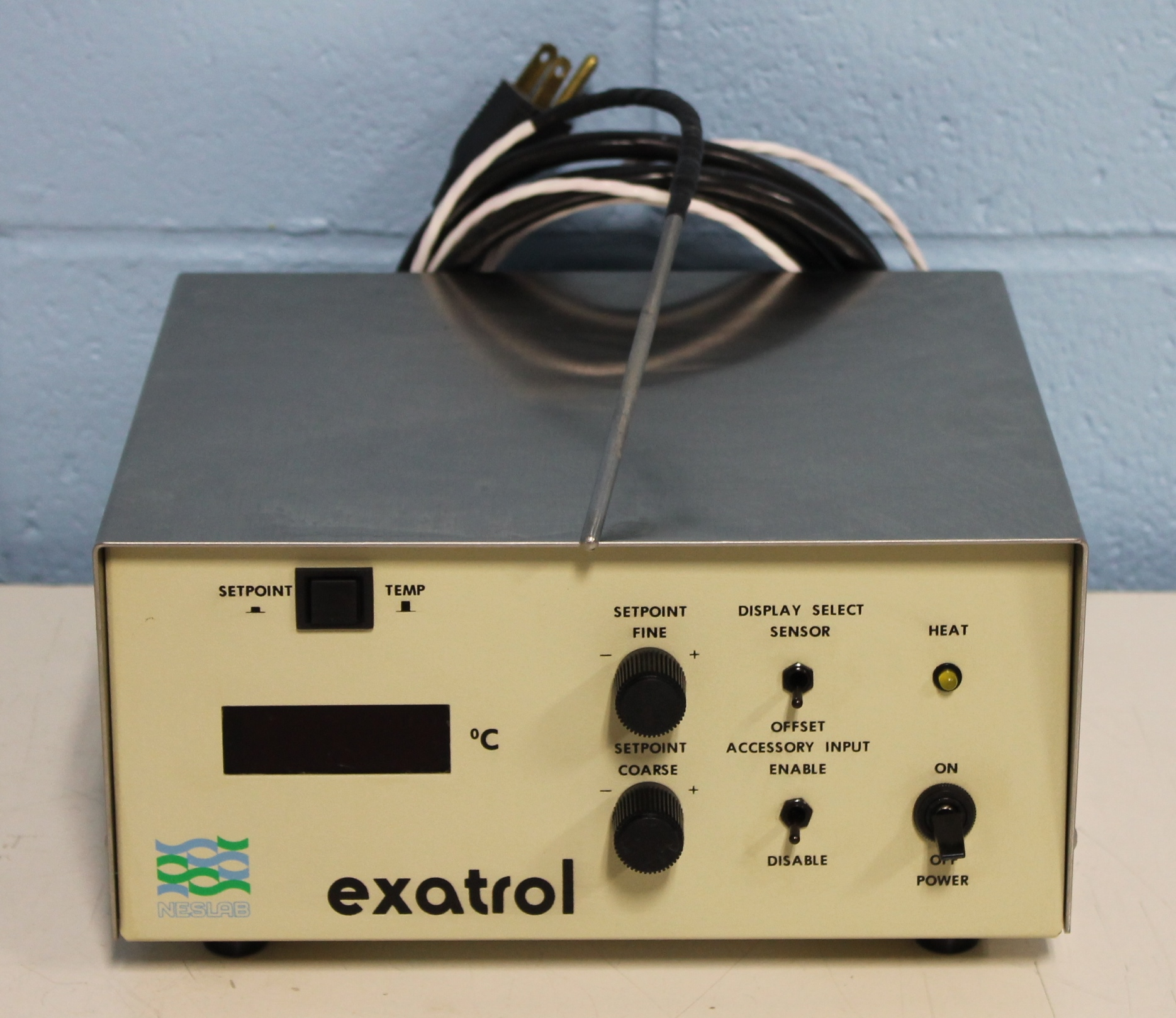 Neslab Exatrol Chiller Temp Control Unit with Probe Image