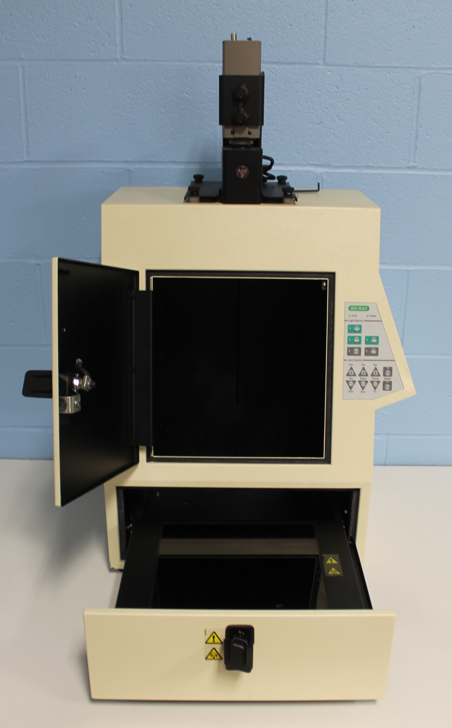 Refurbished Bio Rad Gel Doc 2000 Imaging System