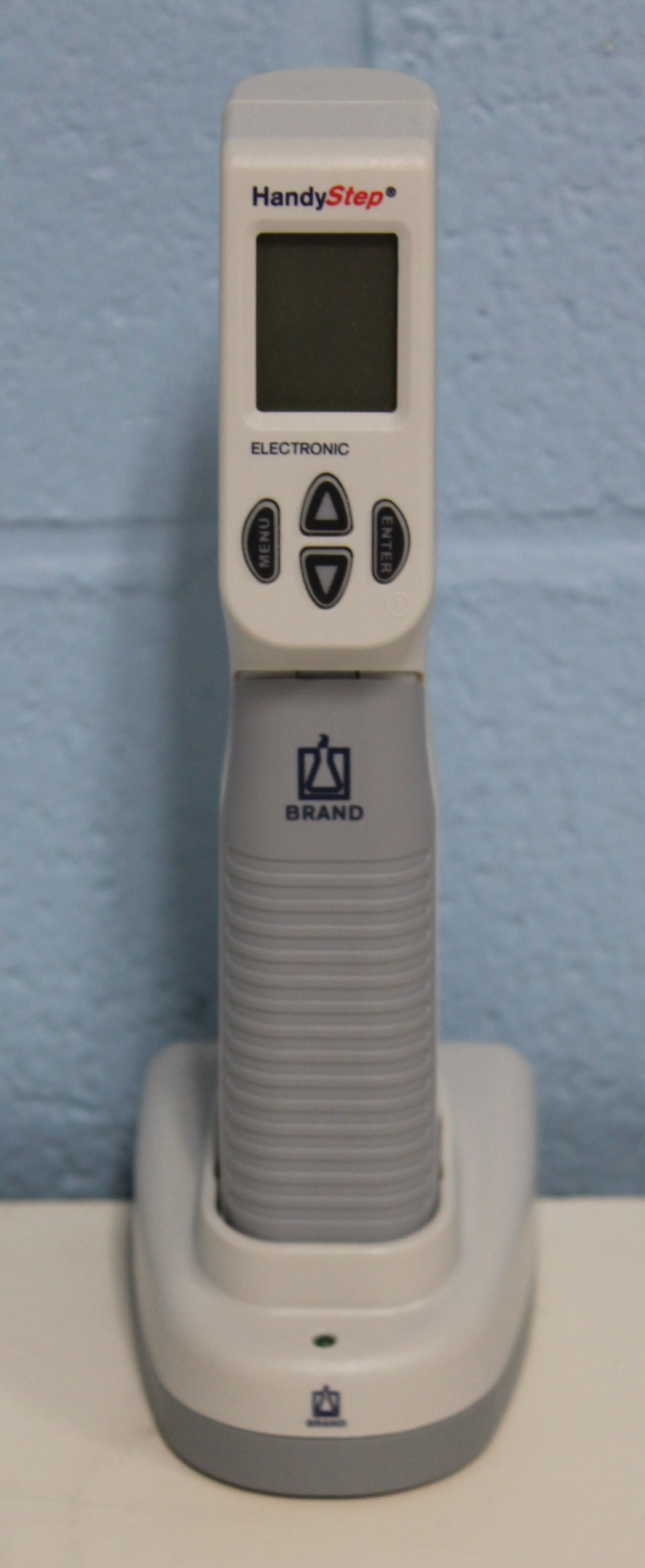 Brandtech Scientific HandyStep Electronic Handdispenser Repeating Pipette Image