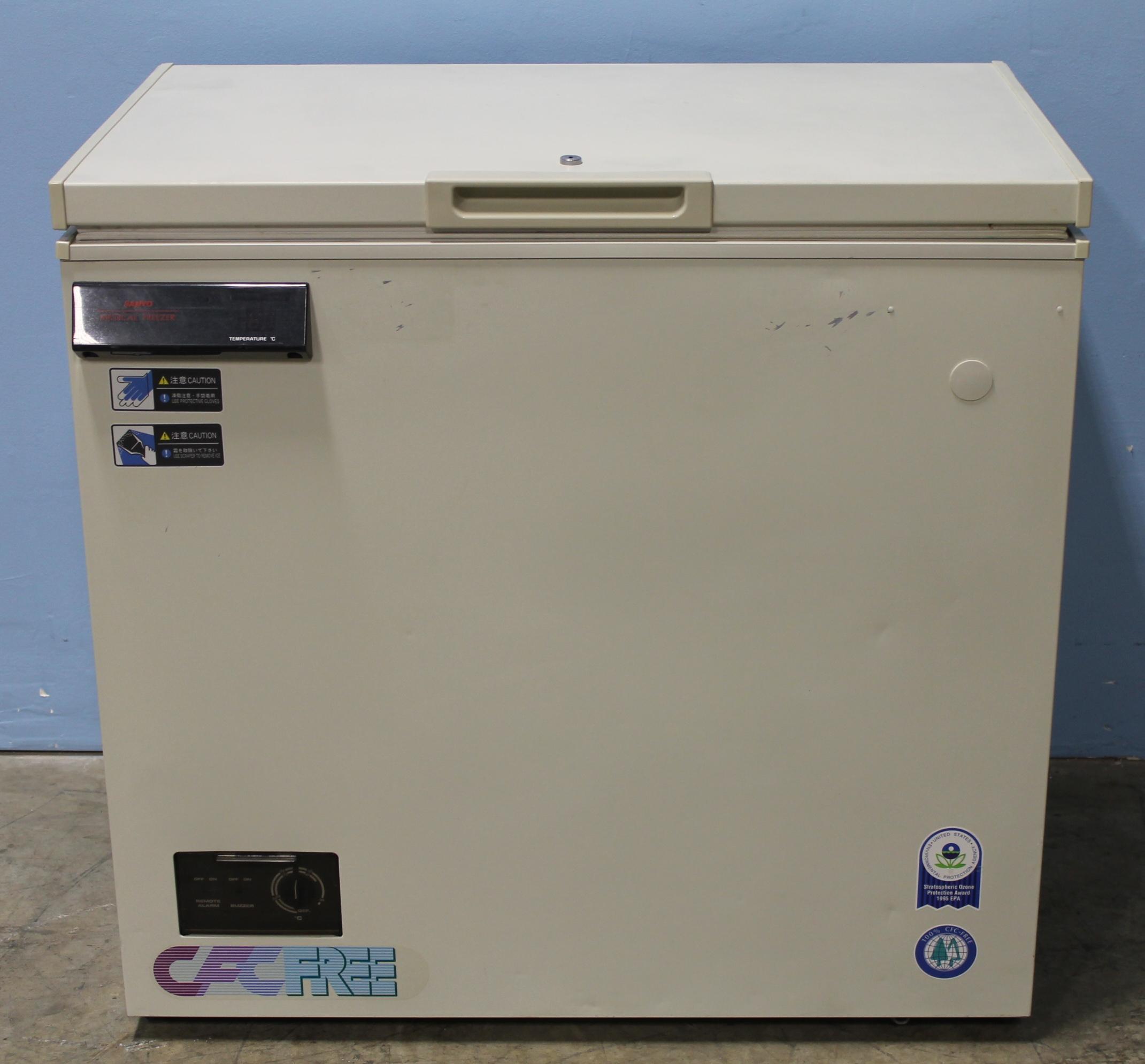 Sanyo MDF 235 Chest Medical Freezer Image