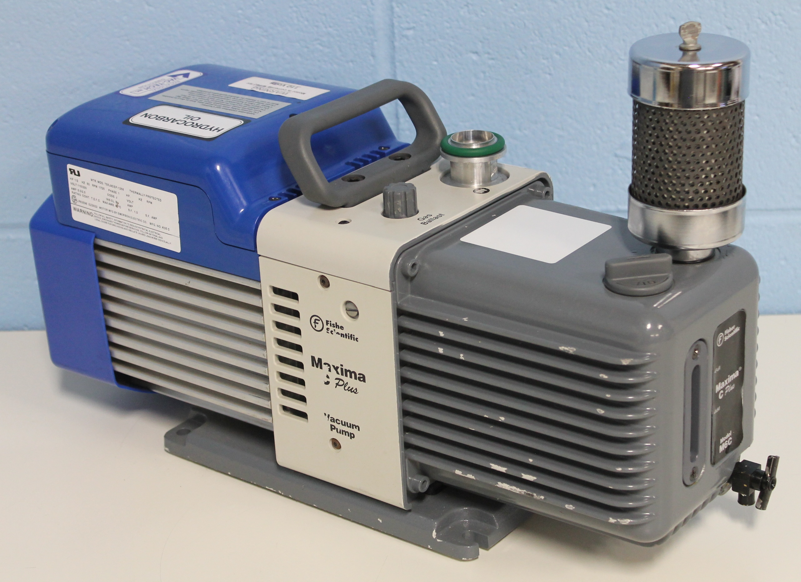 01-257-4A, 01-257-4B, 01-257-4D Synonyms: Severely Hydrotreated Paraffinic  Oil. Ac3850 - Pumps User Manual ...
