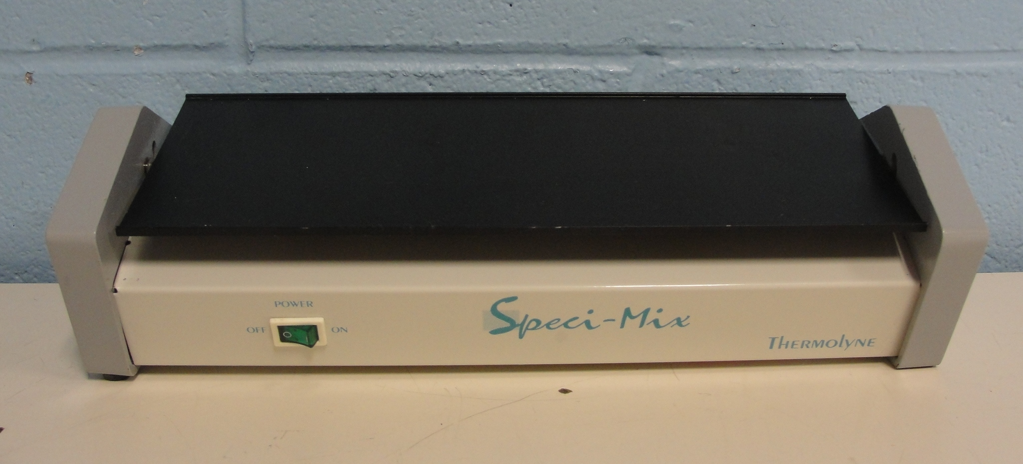 Barnstead/Thermolyne Speci-Mix Lab Test-Tube/Plate Mixer Image