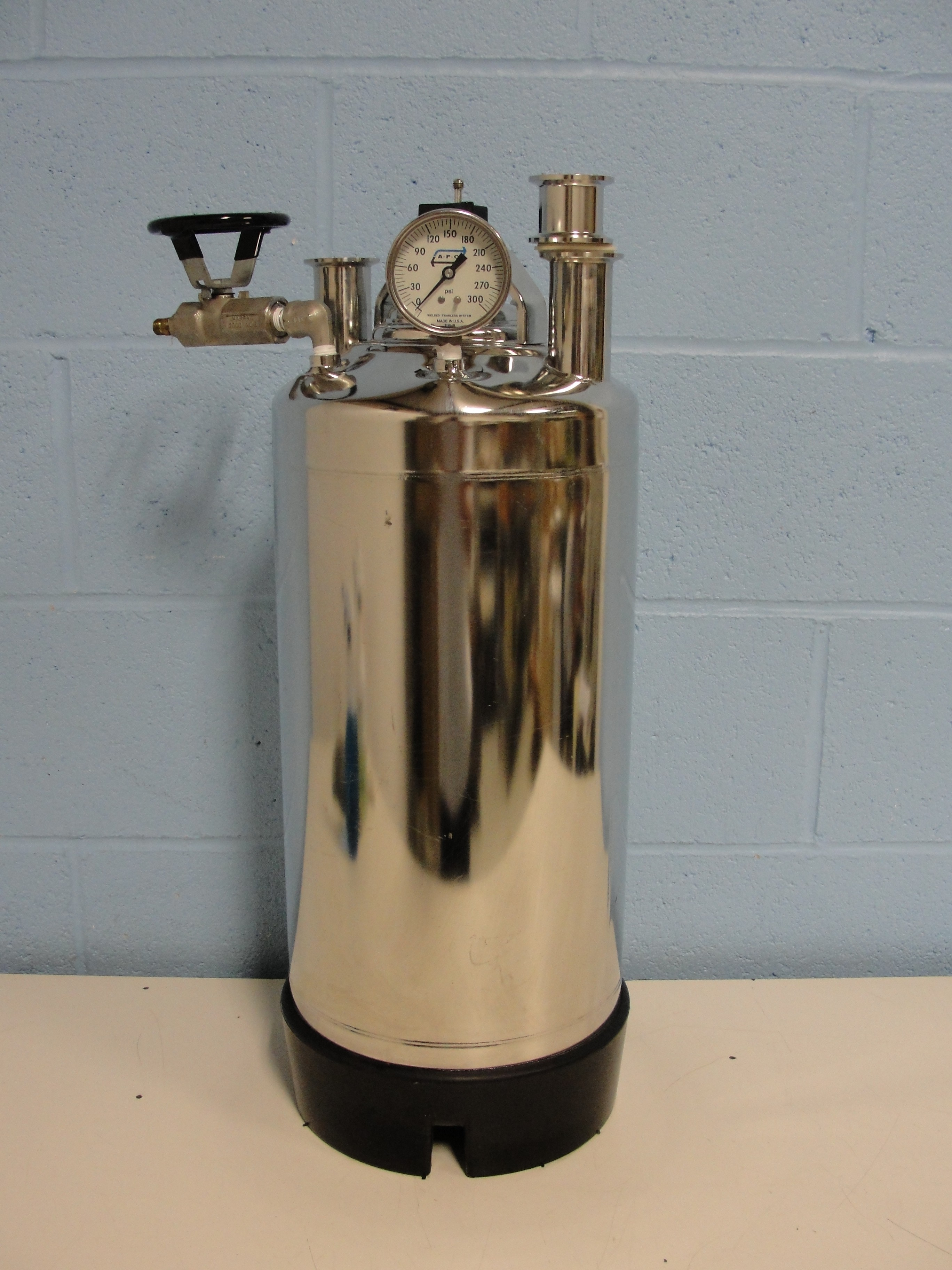 Alloy Products Corp. T-316 Stainless Steel Vessel Image