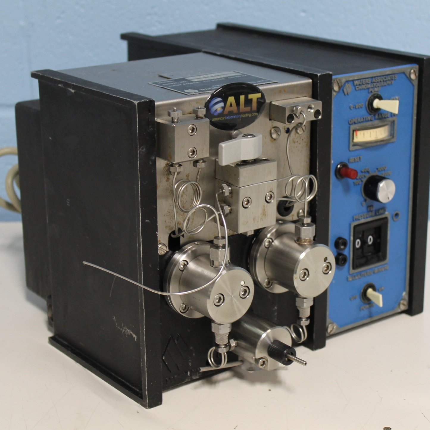 Waters M-6000 Solvent Delivery System Chromatography Pump Image