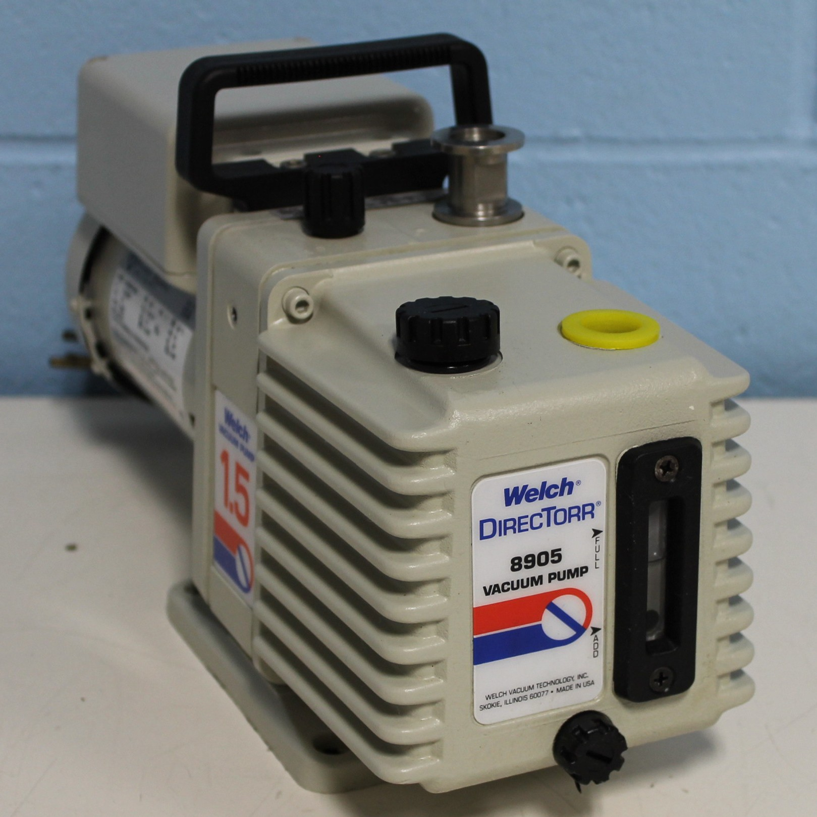 Welch 1.5 DirecTorr Direct Drive Vacuum Rotary Vane Mechanical Vacuum Pump Image