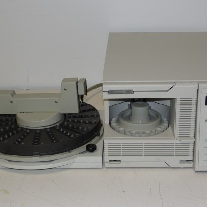 1050 Autosampler Model 79855A with 18596M 100 Position Tray Name