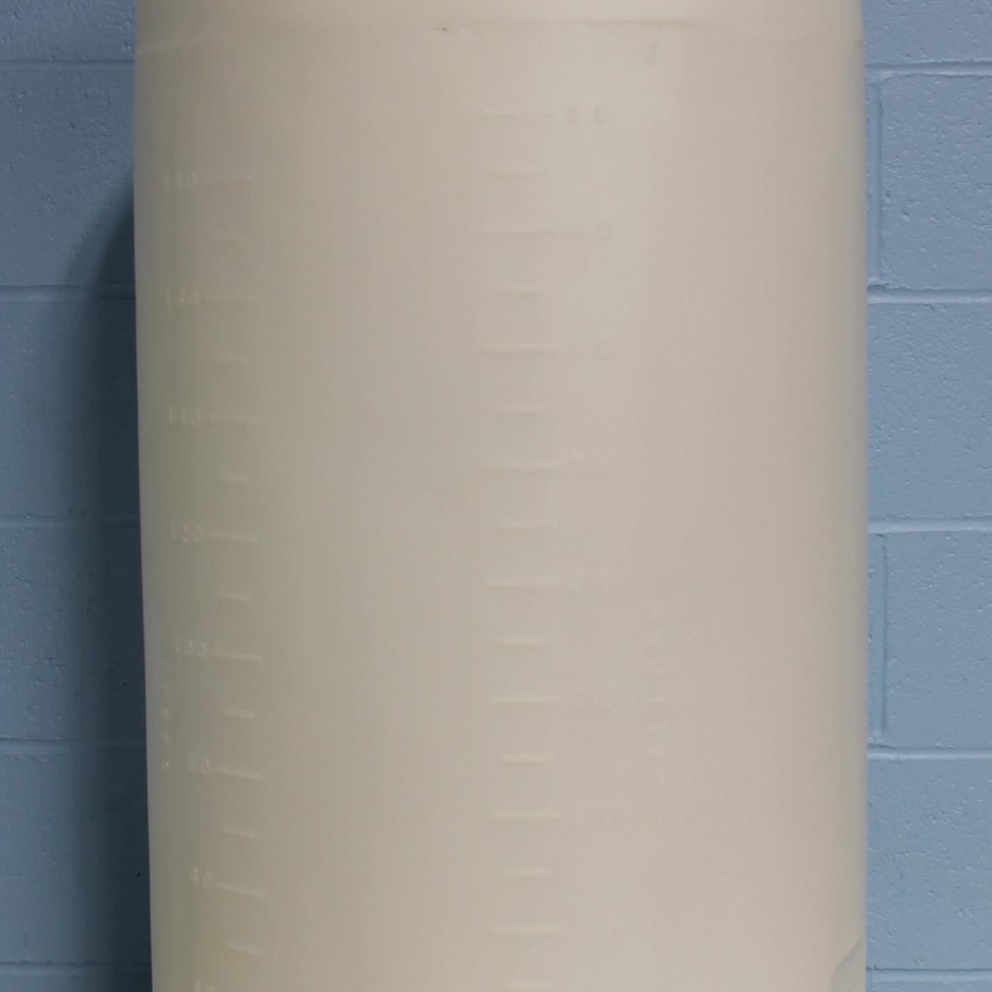 11150-0055 HDPE 55 Gallon Closed-Dome Tank 22-1/4 Name