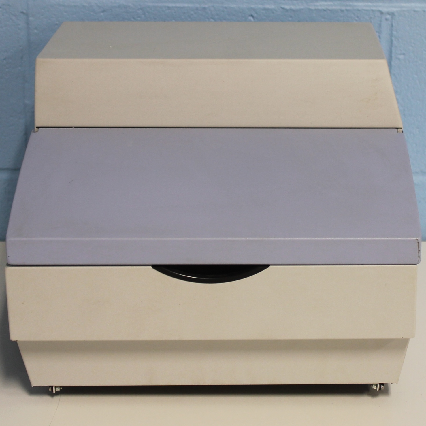 Perkin Elmer 1420-252 2-Channel Injector Image
