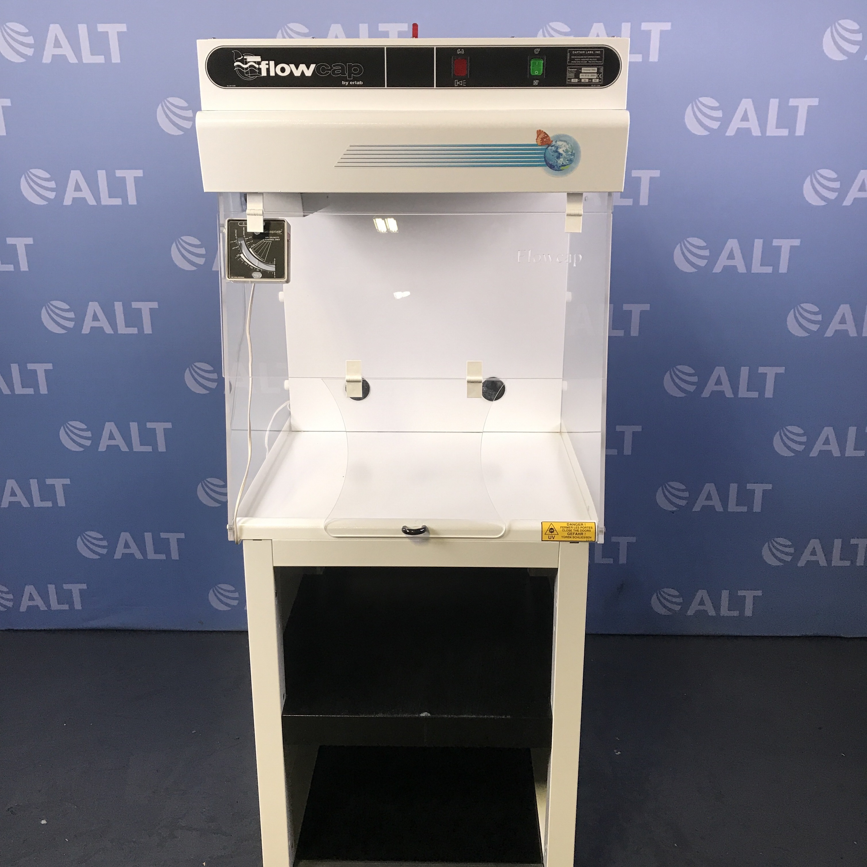 Erlab Flowcap 700S Laboratory Safety Cabinet  Image