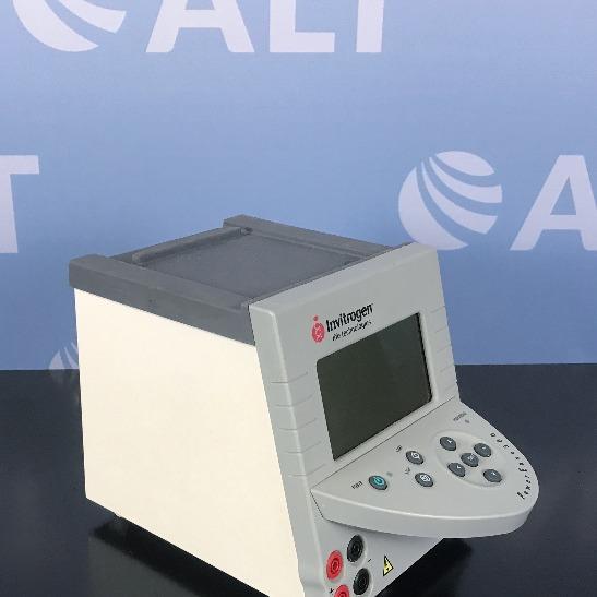 Invitrogen PowerEase 500 Power Supply Image