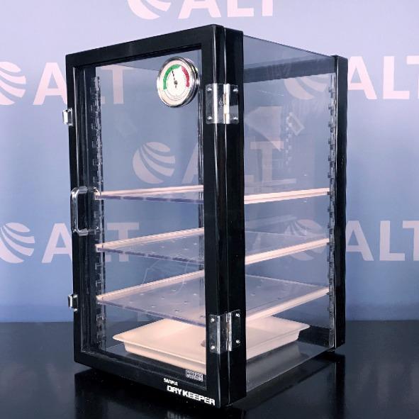Sanplatec Corp Dry Keeper PVC Vertical Desiccator Cabinet Image
