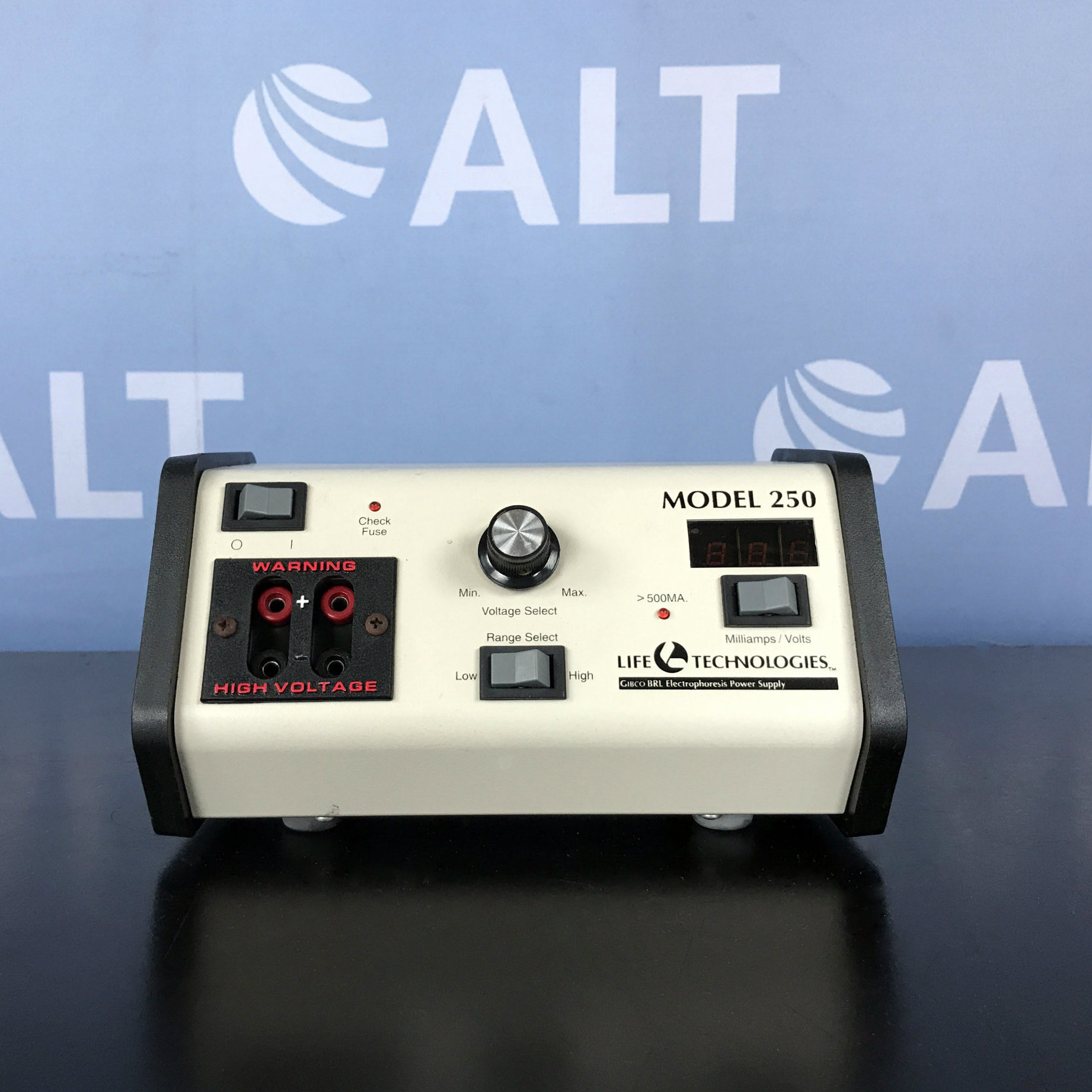 Life Technologies Inc. 250 Electrophoresis Power Supply Image