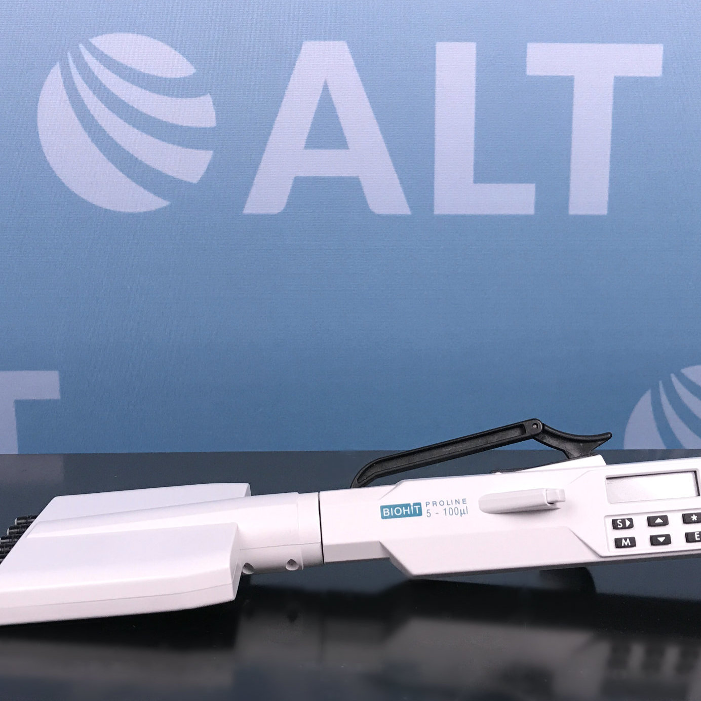 BioHit Proline 8 Channel Electronic Pipette 5-100 uL Image
