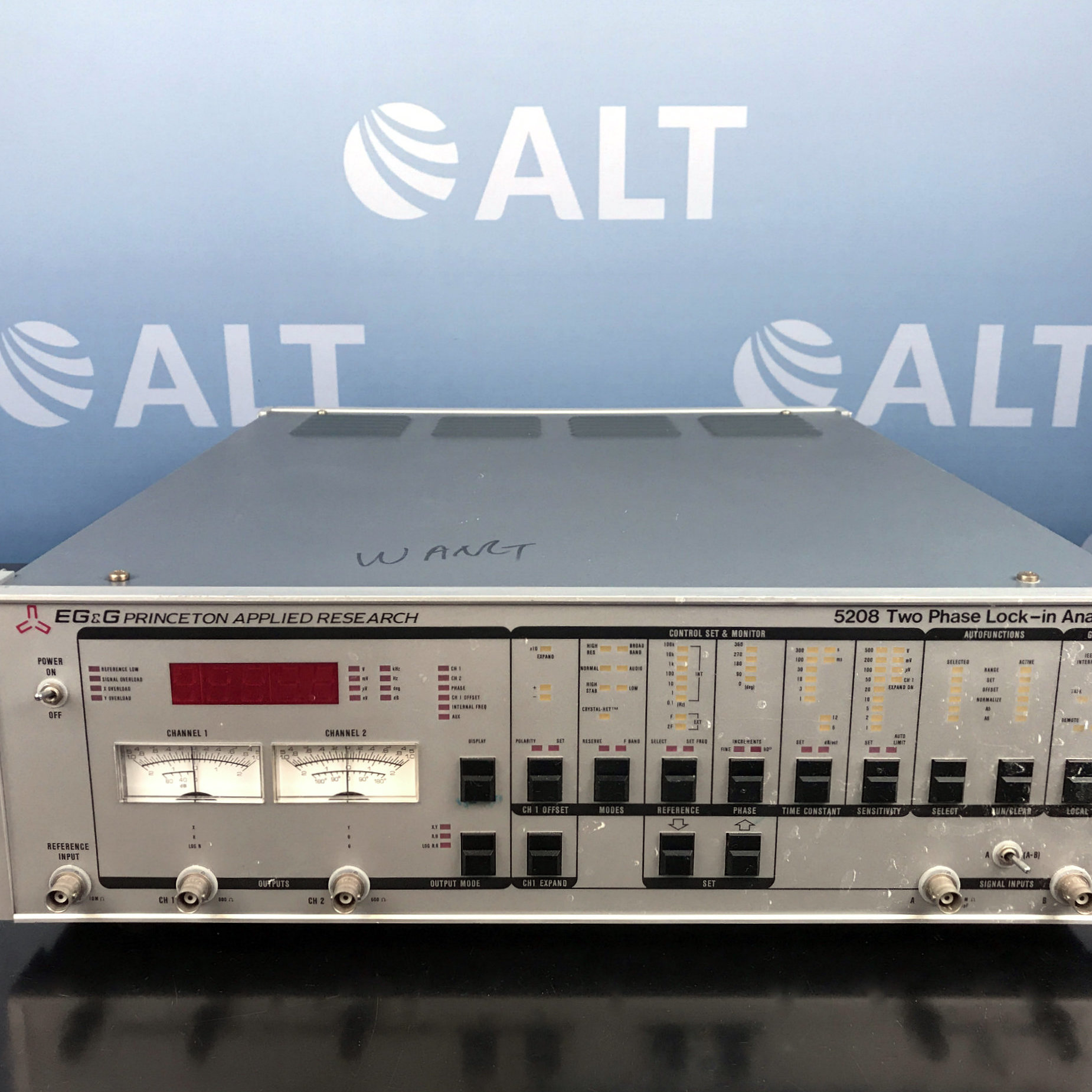 EG & E Princeton Applied Research 5208 Two Phase Lock-in Analyzer Image