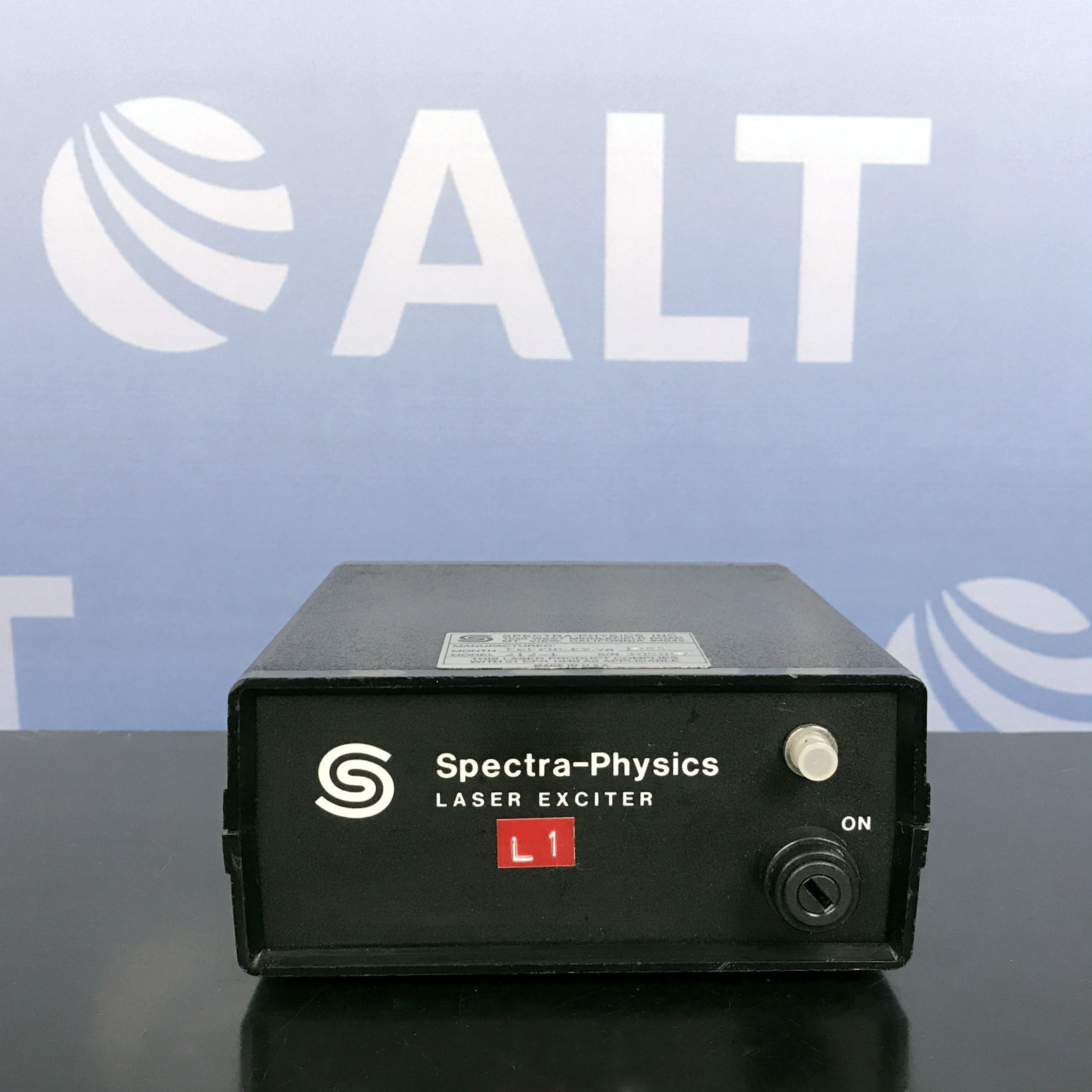Spectra-Physics 212-1 Laser Exciter With Key Image
