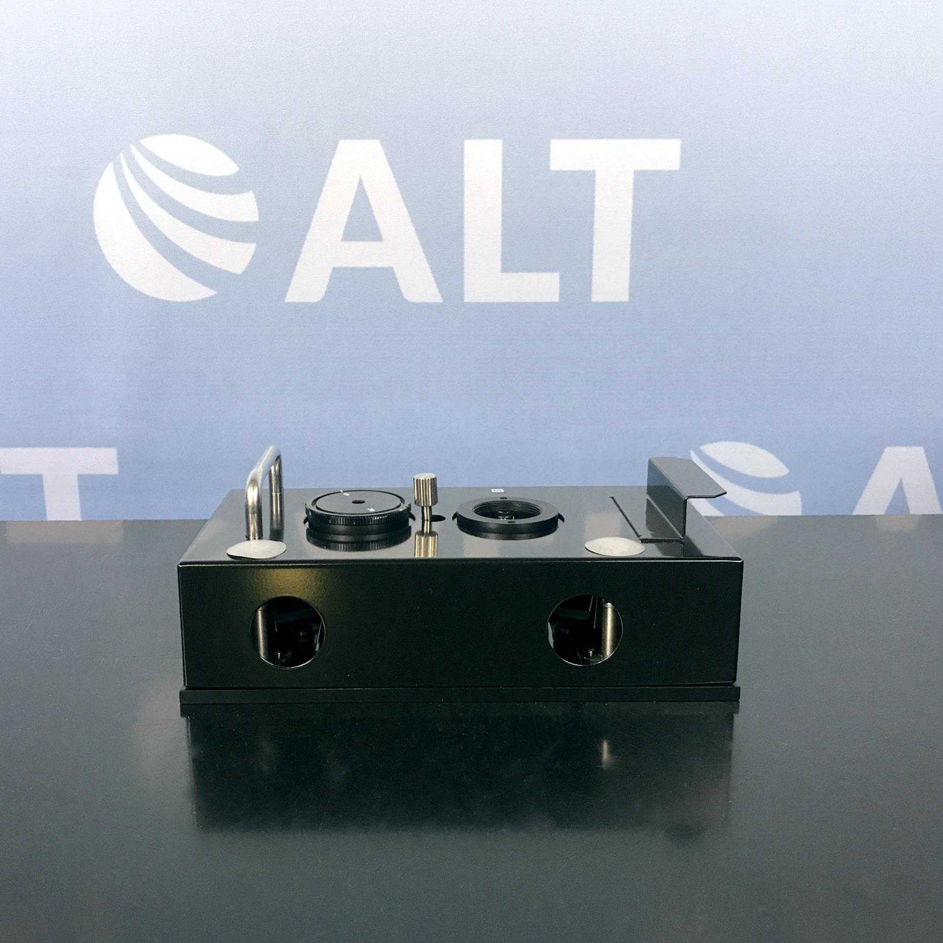 Shimadzu Spectrophotometer UV VIS - Reflectance Measurement Kit Model 200-63687 Image