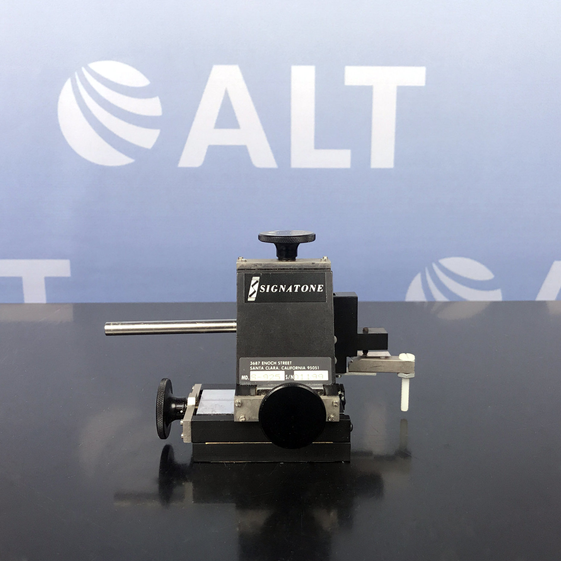Signatone S-925 Micromanipulator Probe Positioner Image