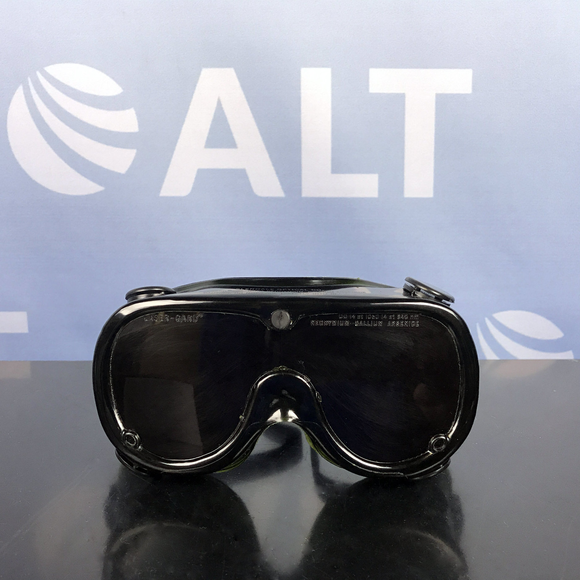 Glendale Optical  Laser-Gard Anti-Laser Safety Goggles OD 14 AT 1060 14 AT 840nm Gallium Arsenide (Neodymium) Image