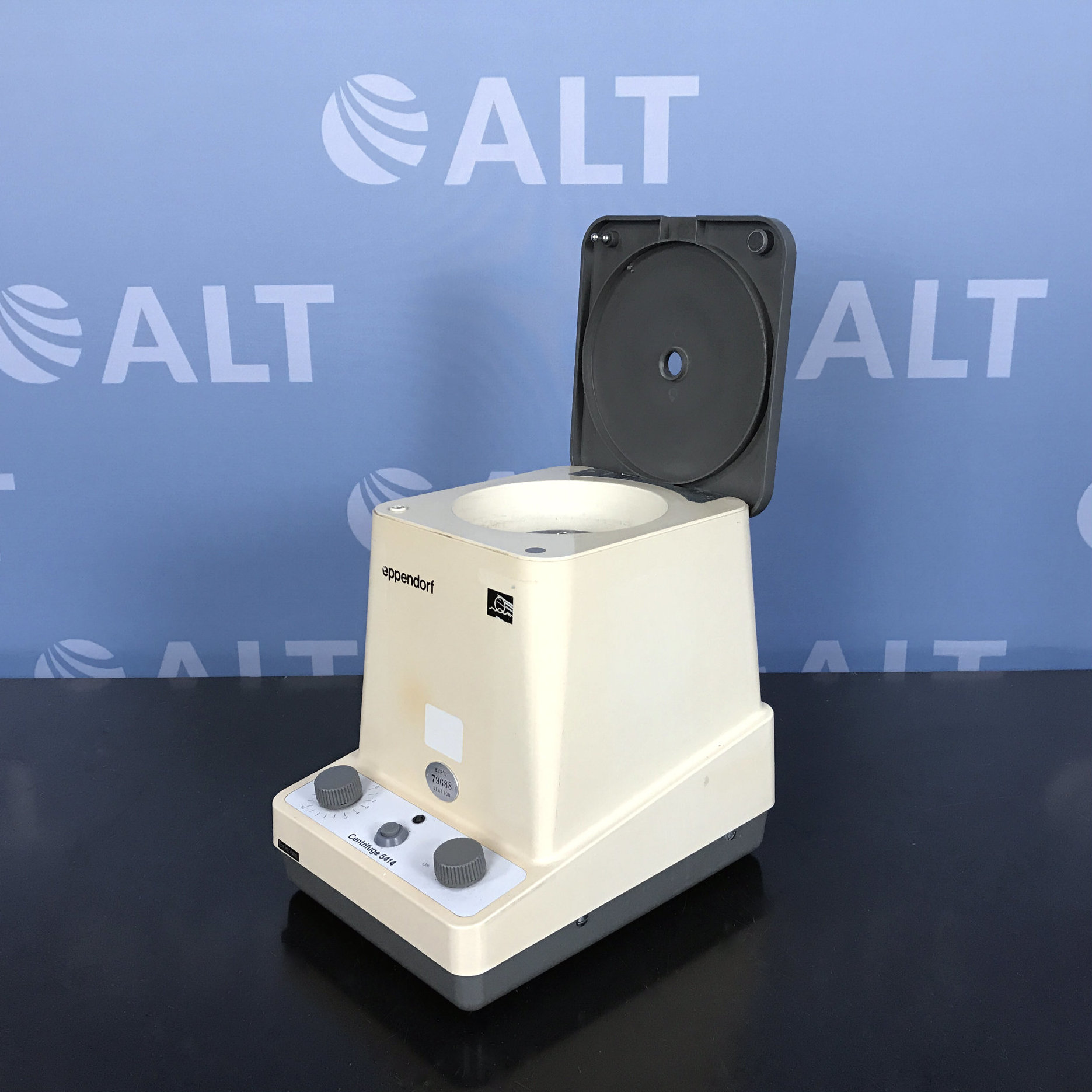 Eppendorf 5414 Microcentrifuge Image