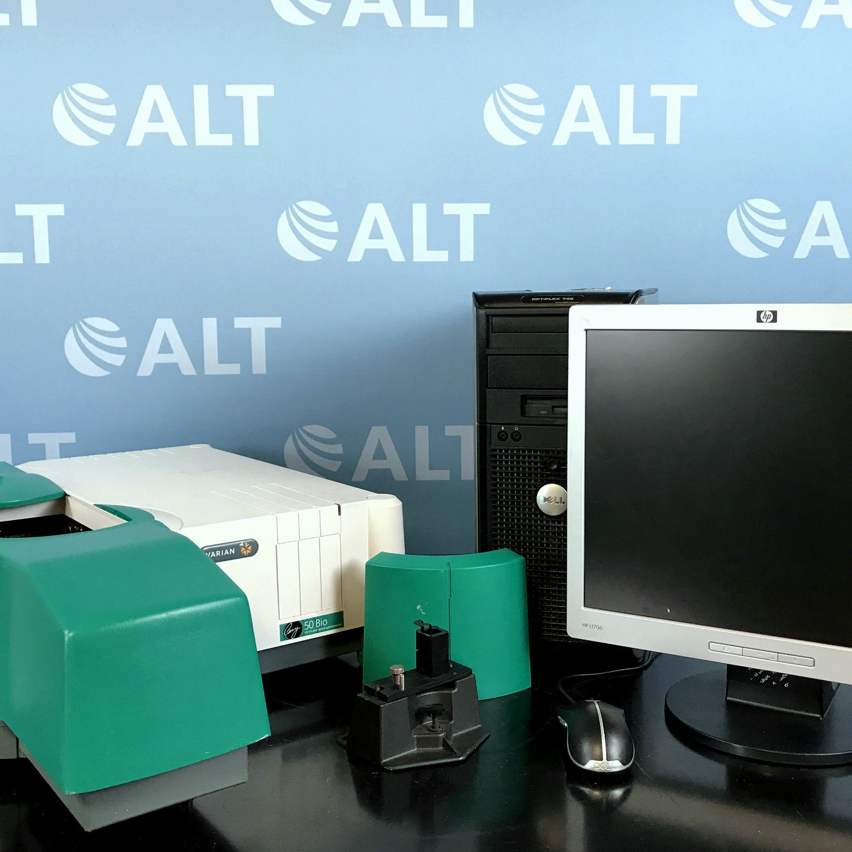 Varian Cary 50 Bio UV-Visible Spectrophotometer Image