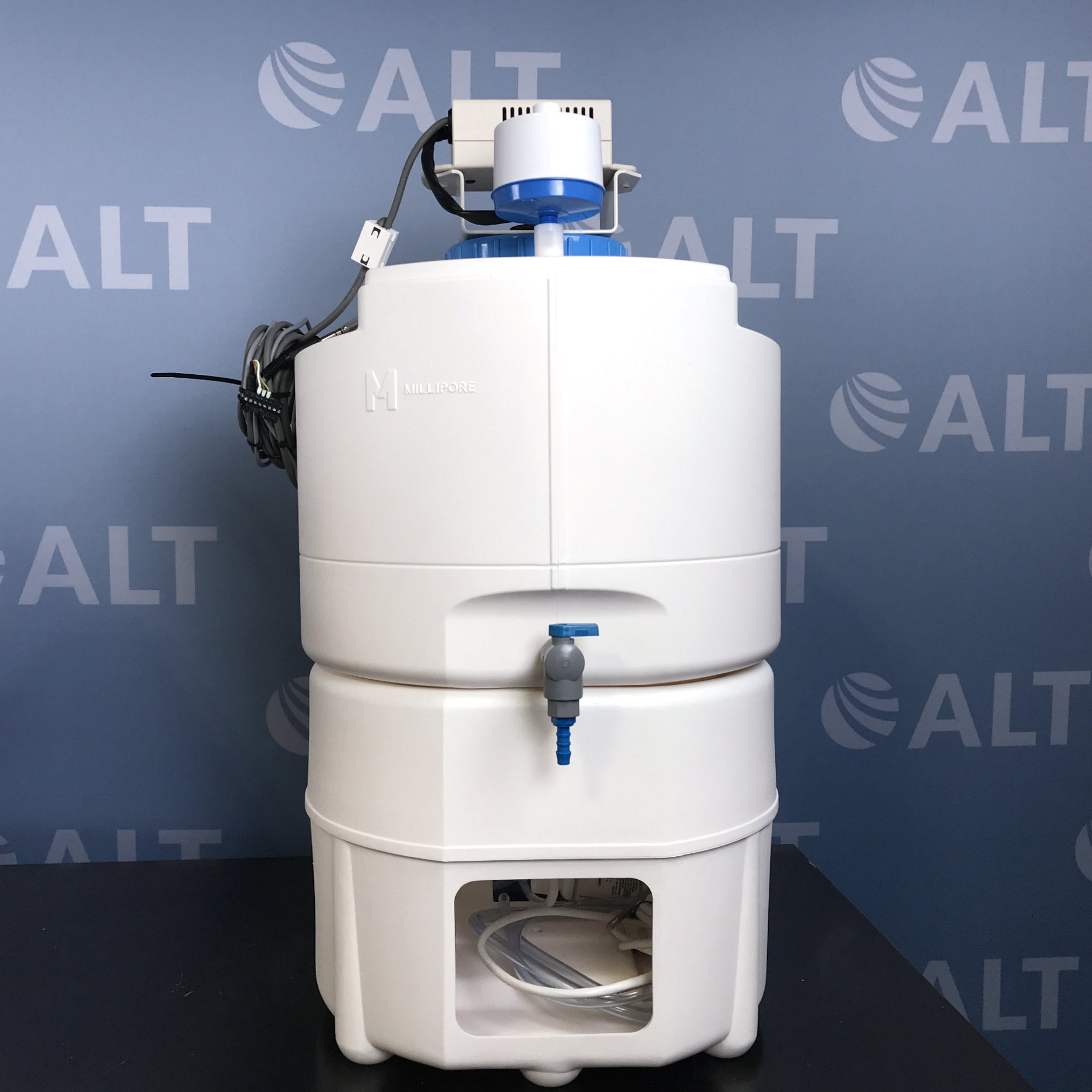 Millipore Milli-Q Integral 5 Water Purification System Image