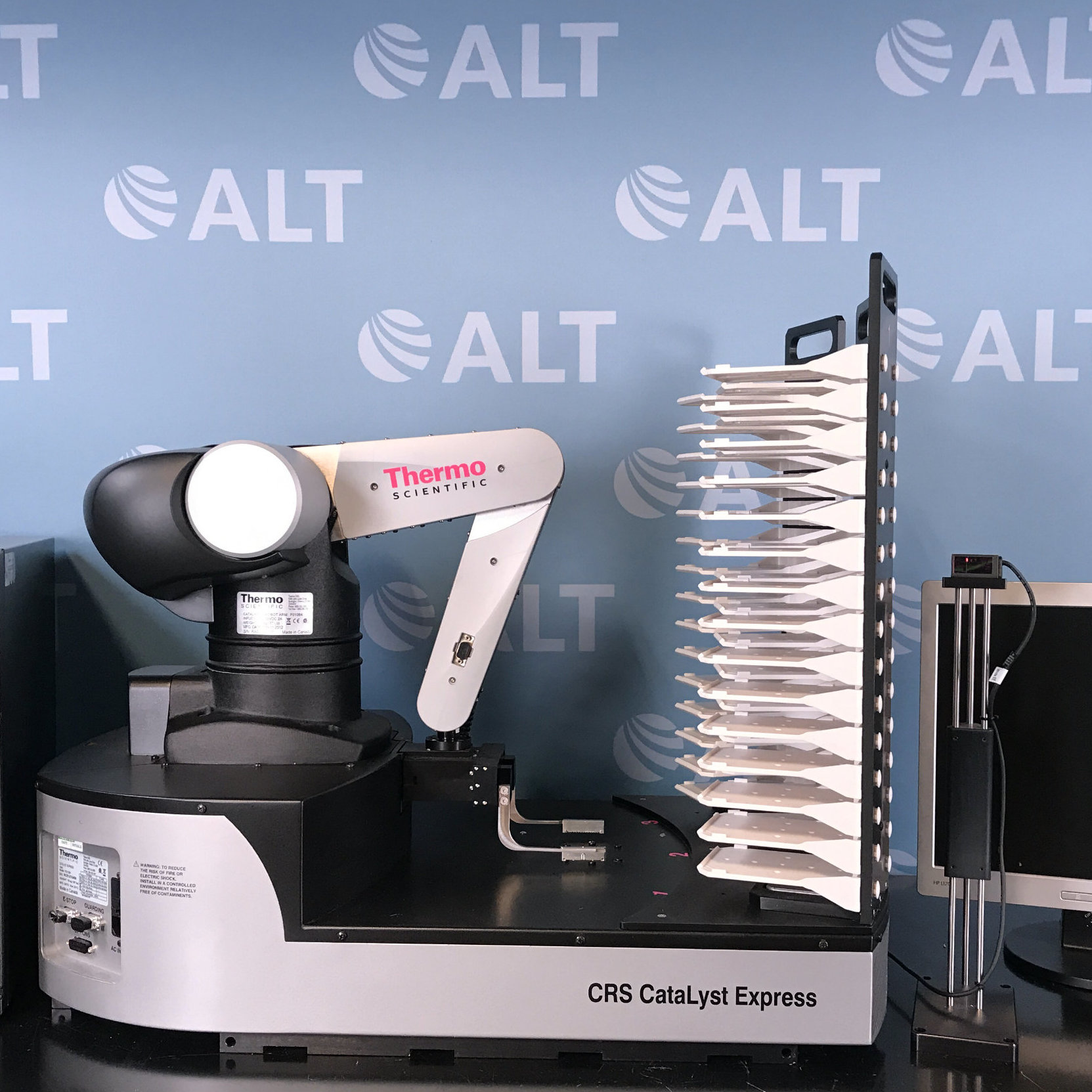 Thermo Scientific CRS CataLyst Express Laboratory Workstation Image