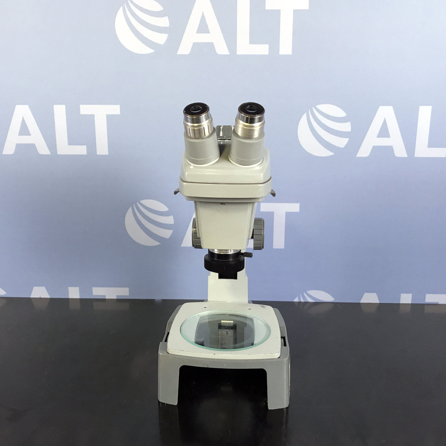 Bausch & Lomb 0.7X - 3X Stereozoom Microscope Image