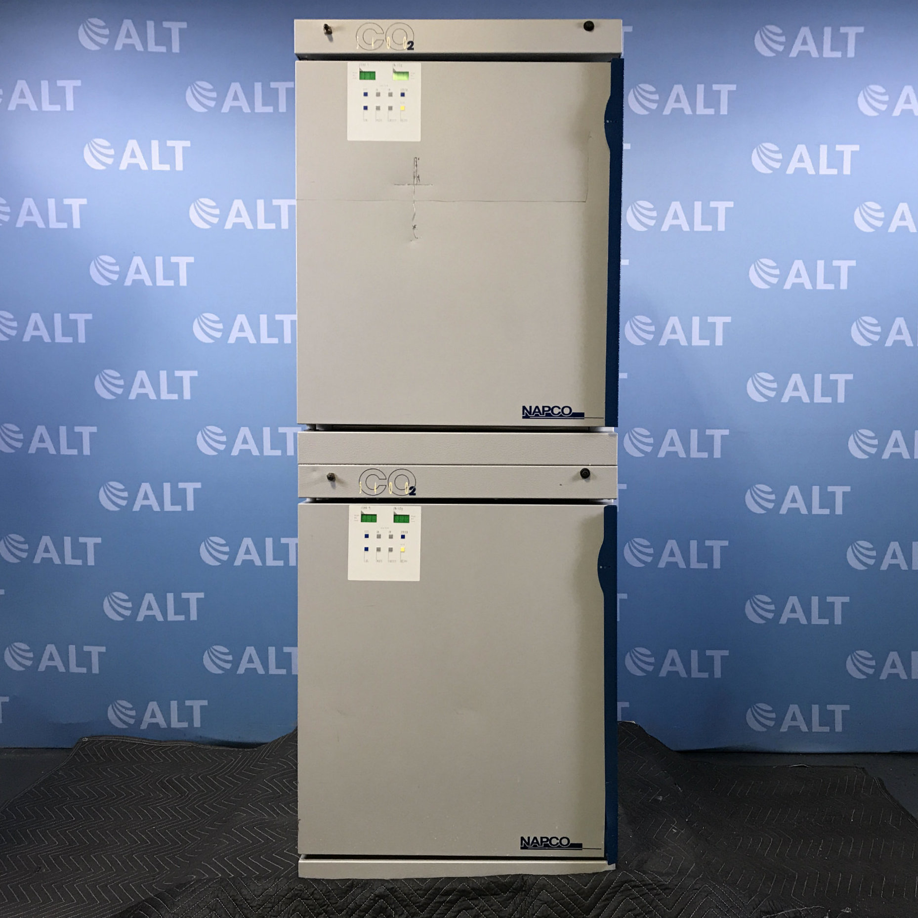 5400 Series Dual IR Stacked Water-Jacketed CO2 Incubator Name